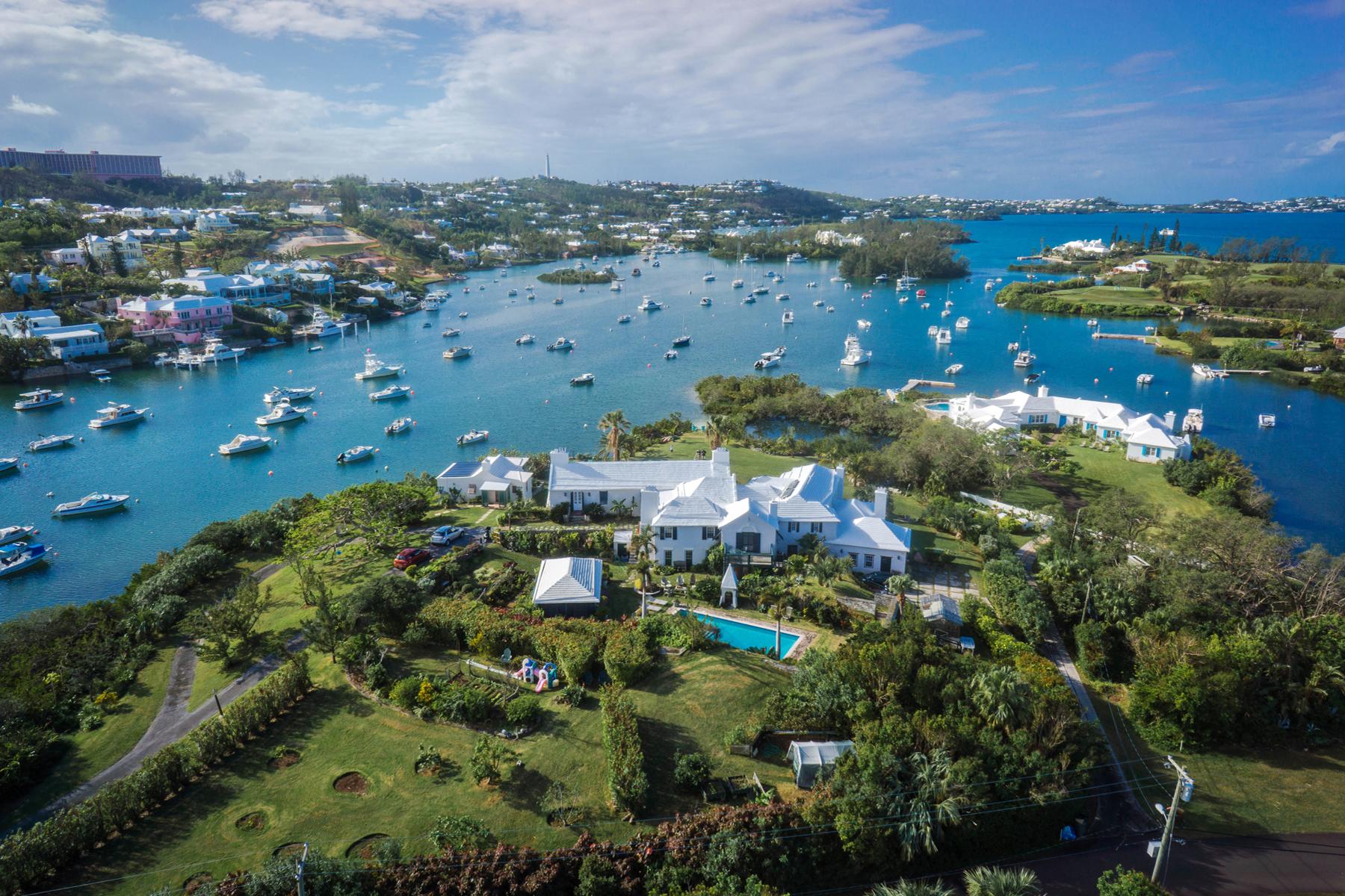 Villa per Vendita alle ore Grey Gables 13 Riddell's Bay Road, Warwick, WK04 Bermuda
