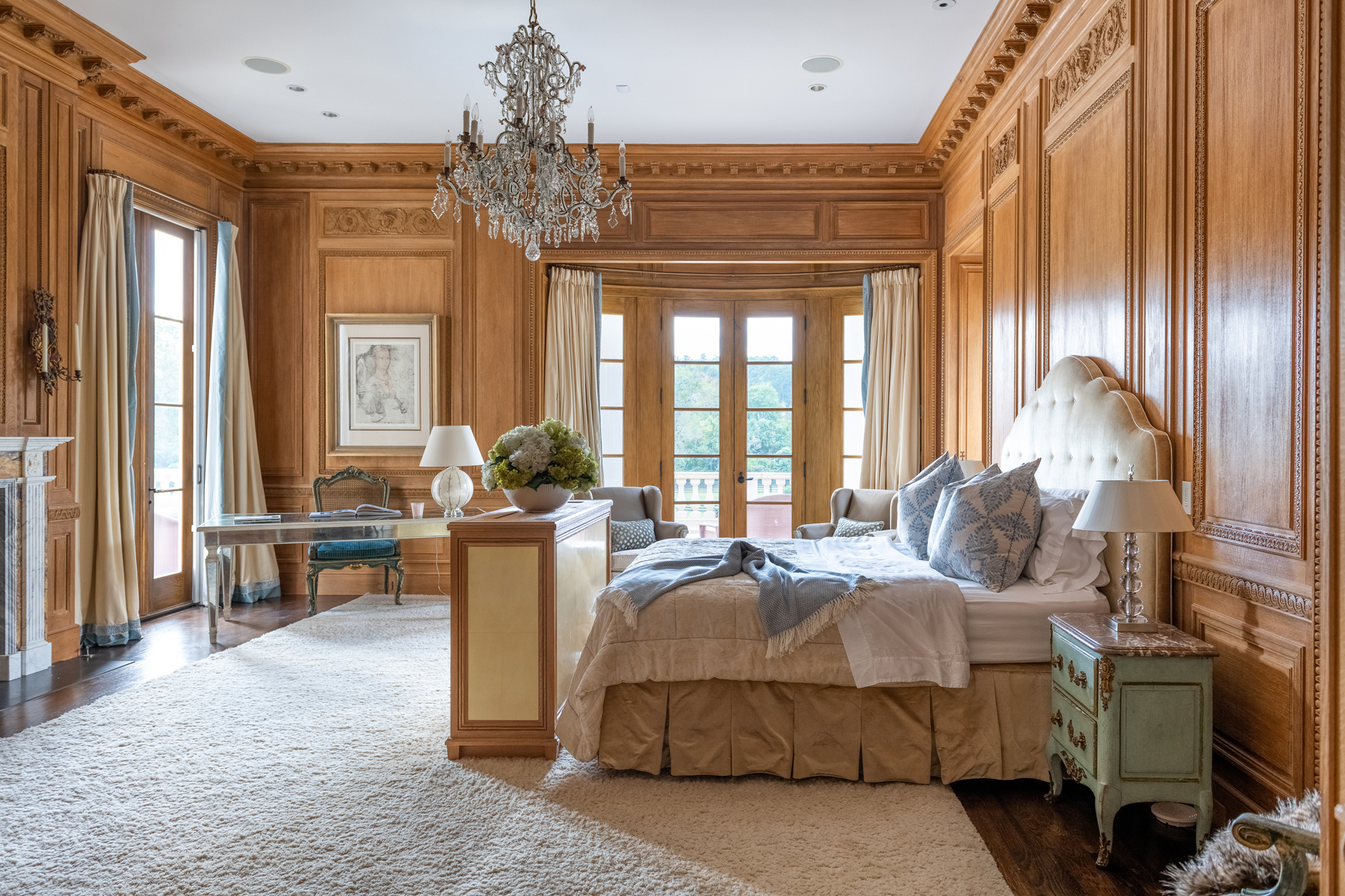 Additional photo for property listing at Stunning Gated Estate on 17+ Acres in the Heart of Buckhead 1040 W Conway Drive NW, Atlanta, Джорджия 30327 Соединенные Штаты