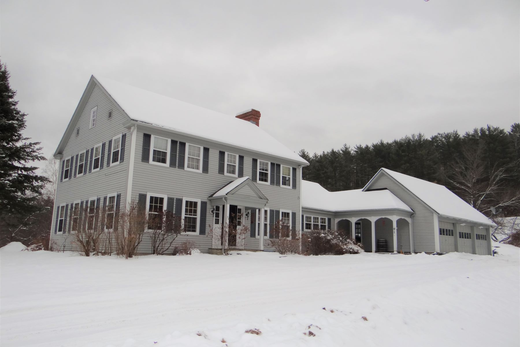Single Family Homes for Sale at Four Bedroom Colonial on 11.9 Acres in Orford 35 Lower Stonehouse Mountain Road Orford, New Hampshire 03777 United States