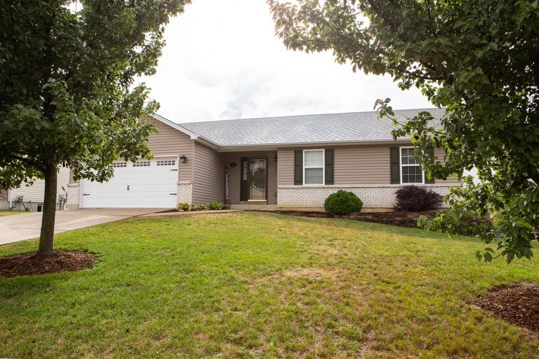 Single Family Home for Sale at Spring Hill Cir 21 Spring Hill Circle Wright City, Missouri 63390 United States