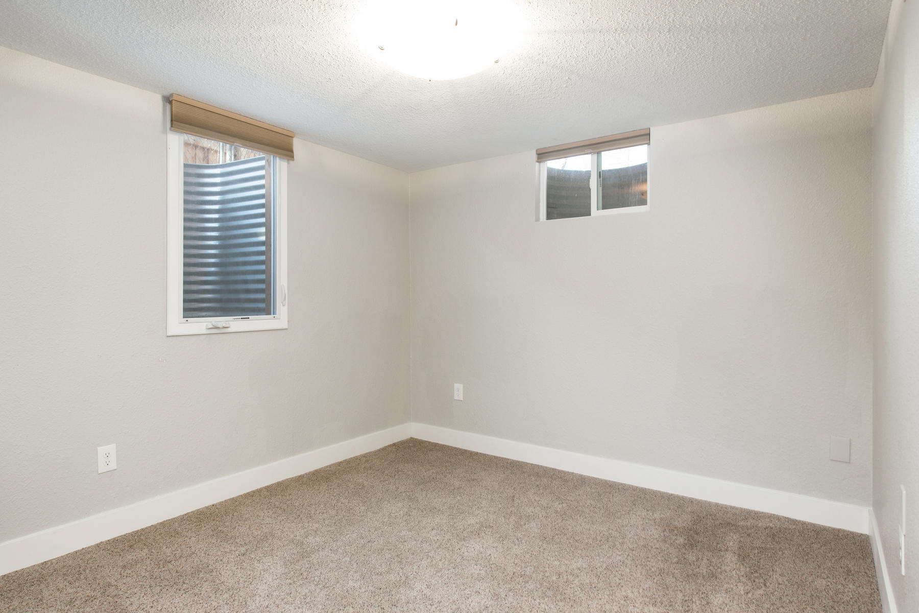 Additional photo for property listing at Updated Gem With A Full Finished Basement 5005 E Atlantic Pl Denver, Colorado 80222 United States