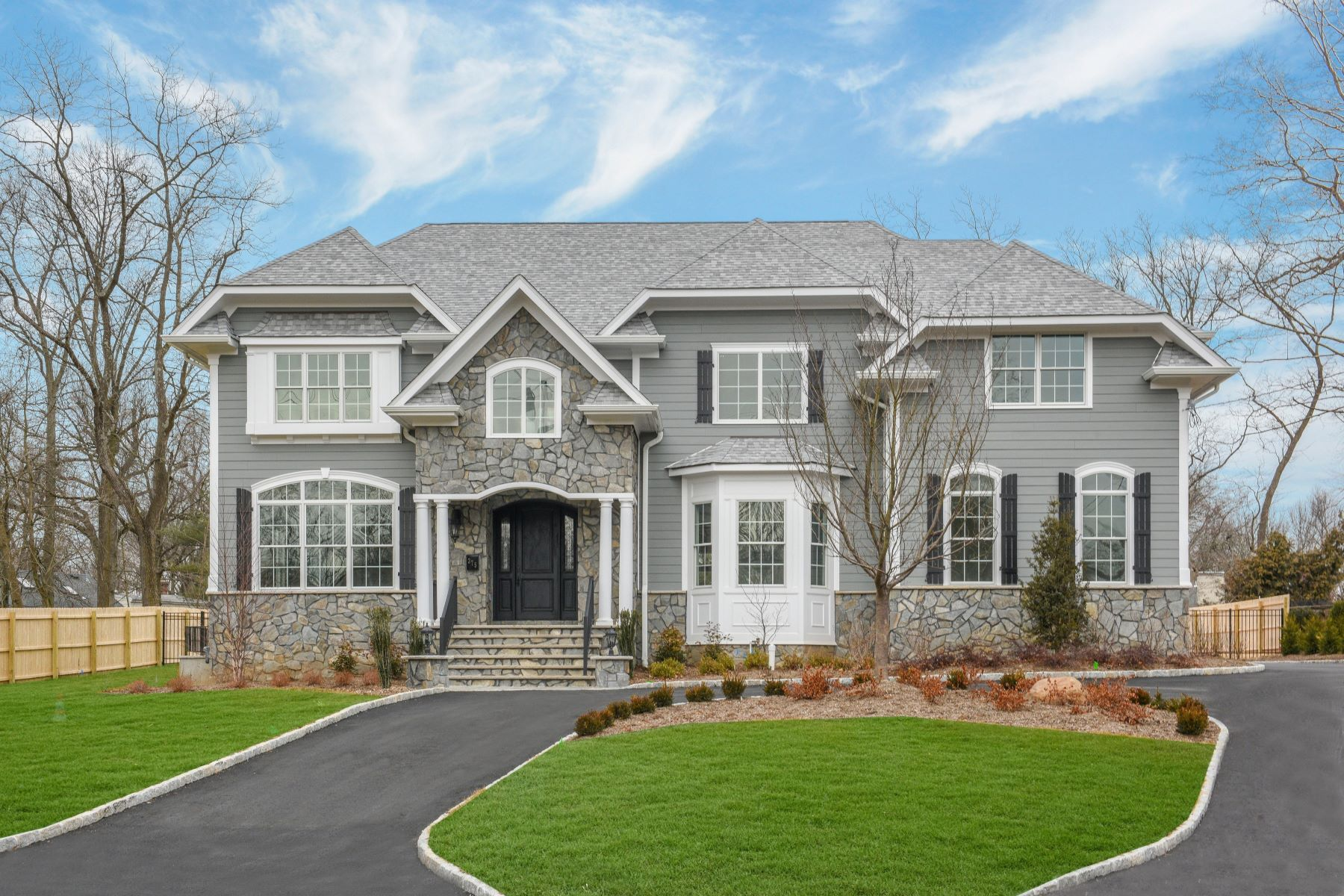 Single Family Home for Sale at Fabulous New Construction! 375 White Oak Ridge Road, Short Hills, New Jersey 07078 United States