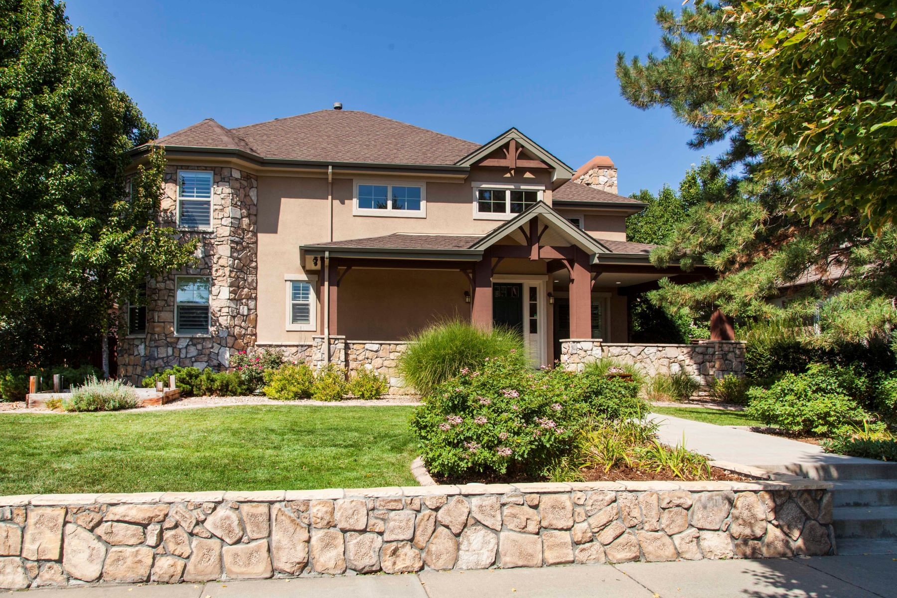 Single Family Home for Rent at Spectacular Custom Home On 6th Avenue Parkway Loaded With Upgrades! 8171 E 6th Ave Denver, Colorado 80230 United States
