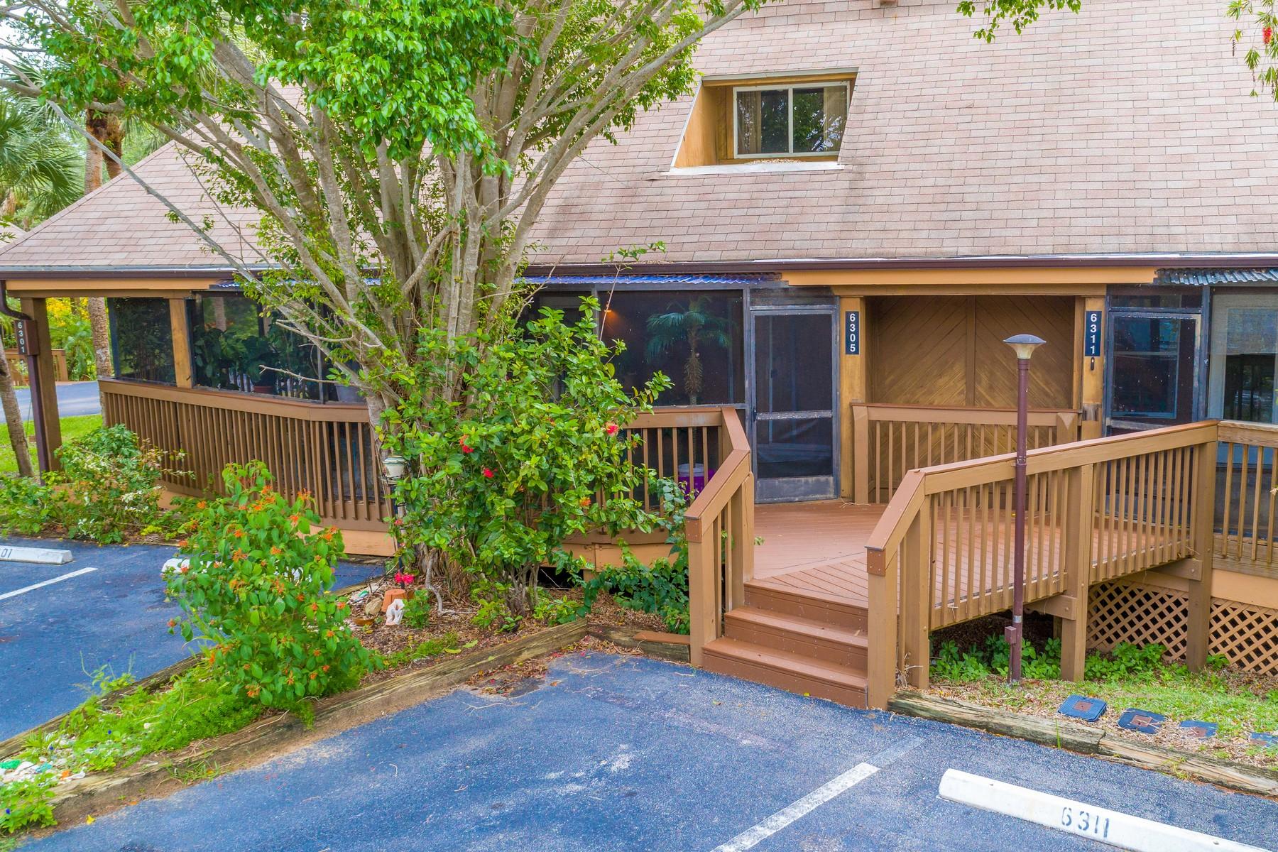 コンドミニアム のために 売買 アット Tree Top Village Condo 6305 Tree Top Drive Melbourne Beach, フロリダ, 32951 アメリカ合衆国