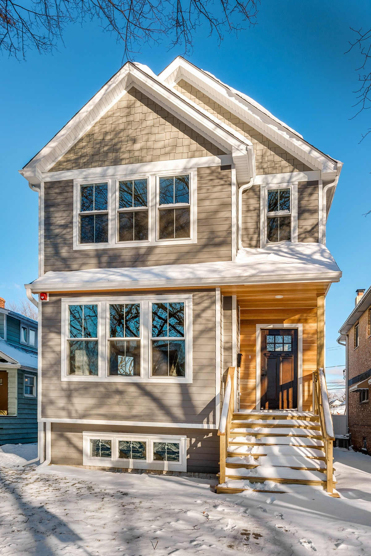 Single Family Home for Active at Spacious New Construction Single Family Home 710 Hayes Avenue Oak Park, Illinois 60302 United States
