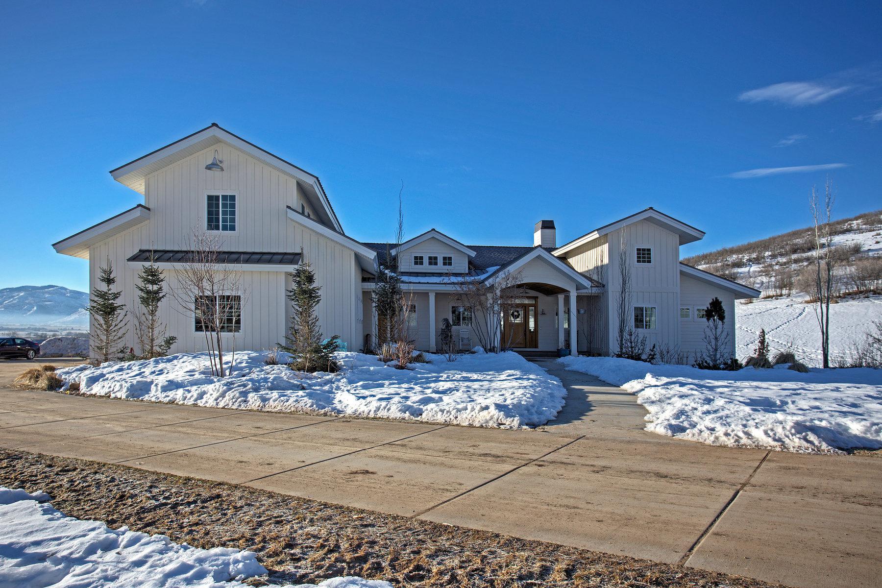 Casa Unifamiliar por un Venta en Custom home on 2.76 acre ranch in Midway 566 E Saddle Dr Midway, Utah, 84049 Estados Unidos
