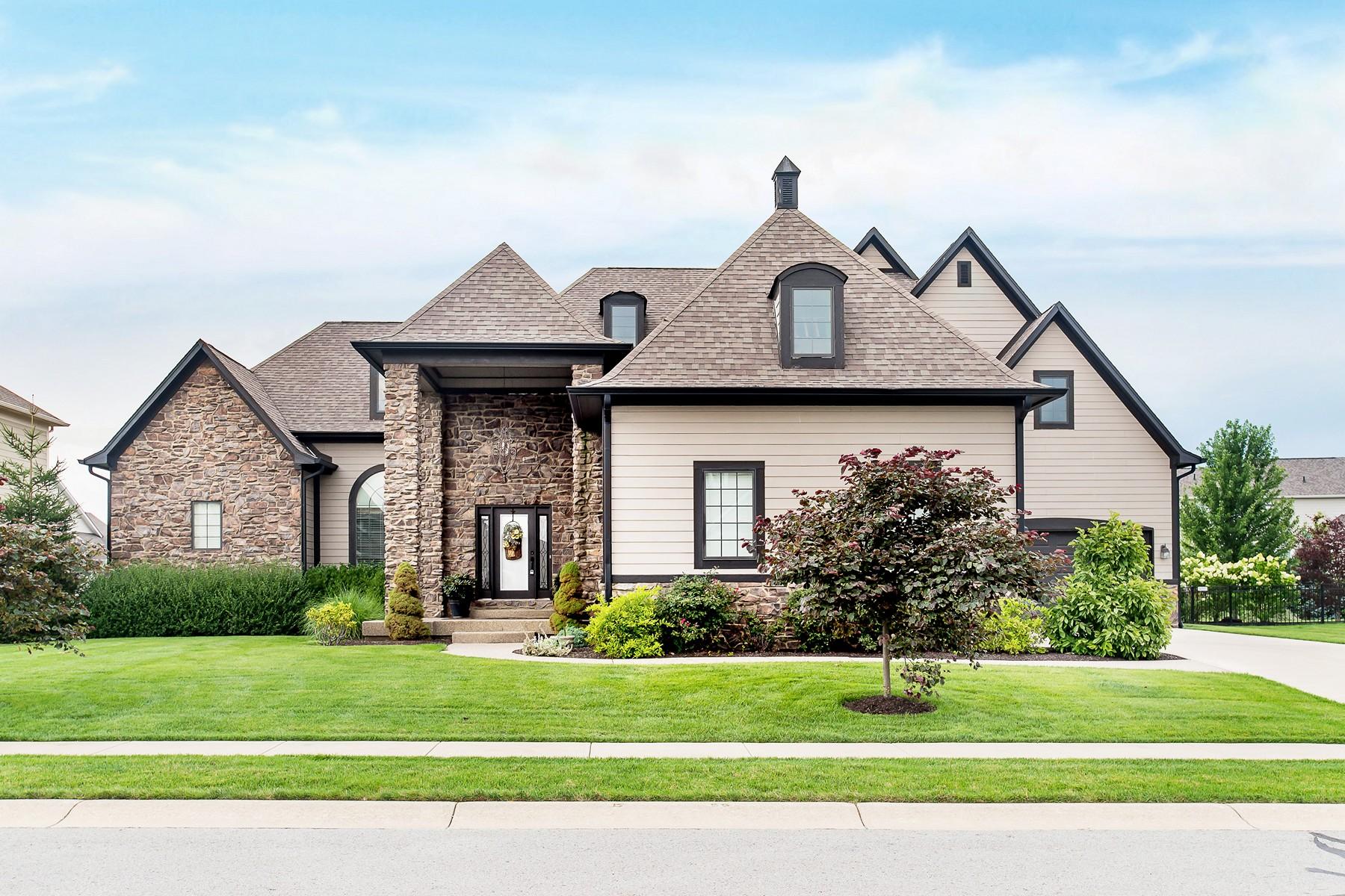 Vivienda unifamiliar por un Venta en Wow - Custom Home With Incredible Details 15860 Viking Lair Road Westfield, Indiana, 46074 Estados Unidos
