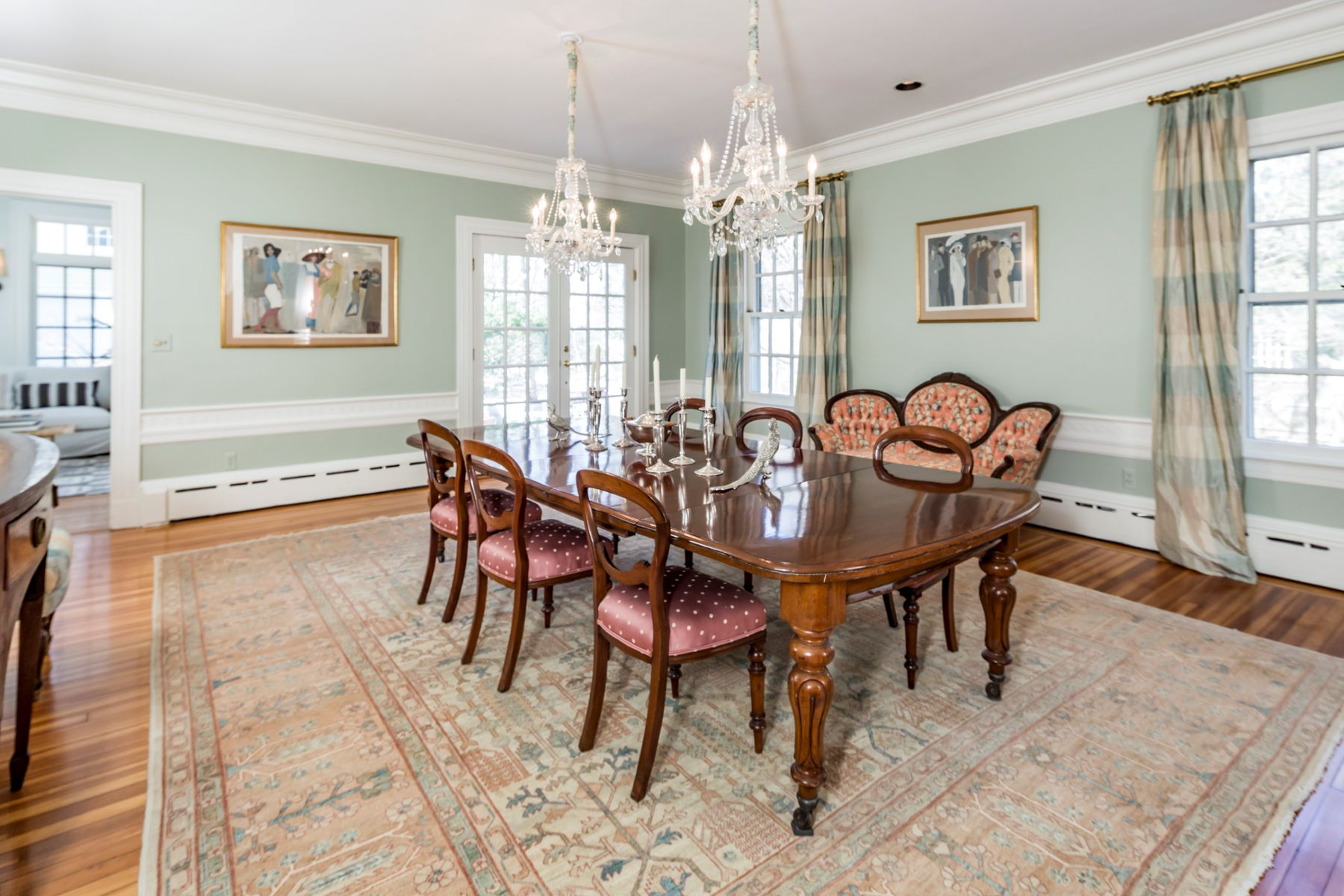 Additional photo for property listing at A Western Section Stunner 130 Library Place, Princeton, New Jersey 08540 United States
