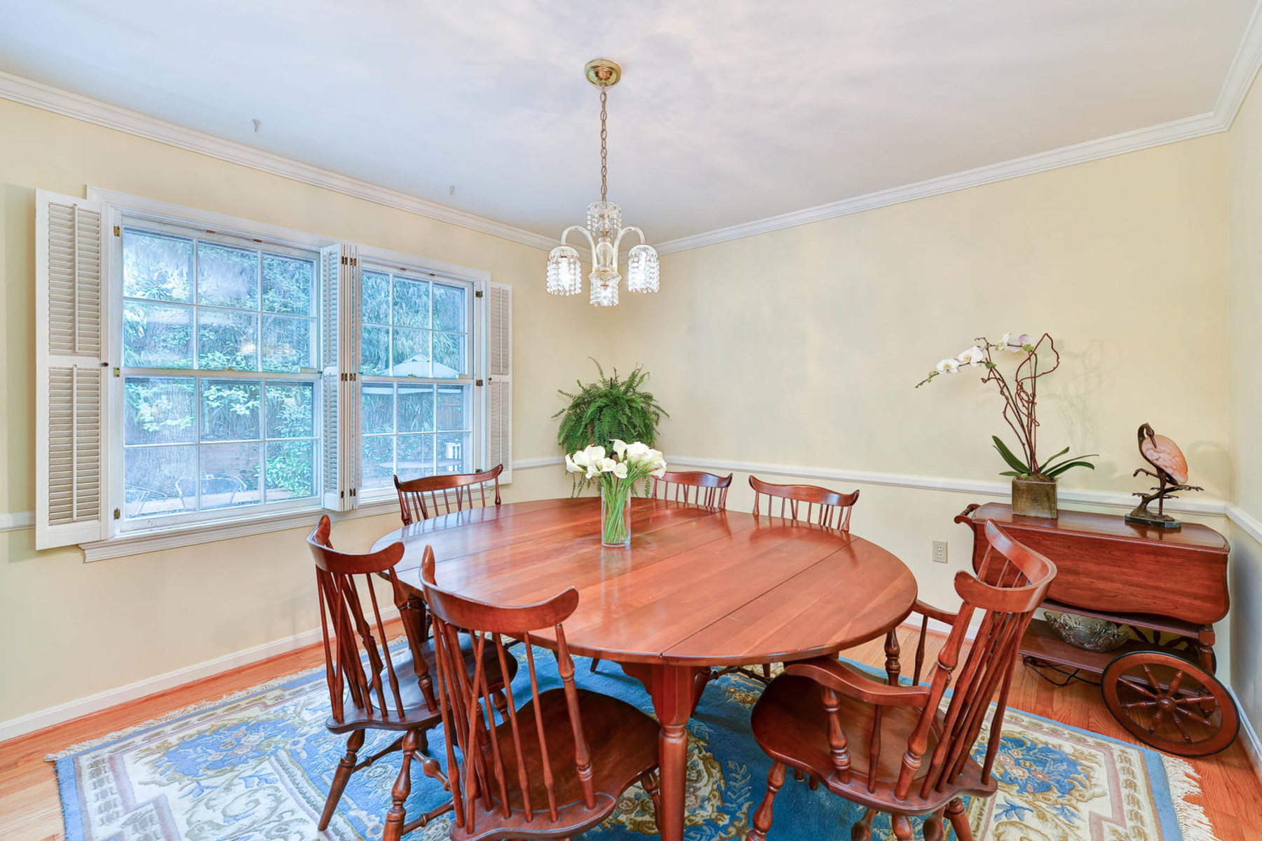 Additional photo for property listing at Belle Haven 6210 Foxcroft Rd Alexandria, Virginia 22307 Verenigde Staten