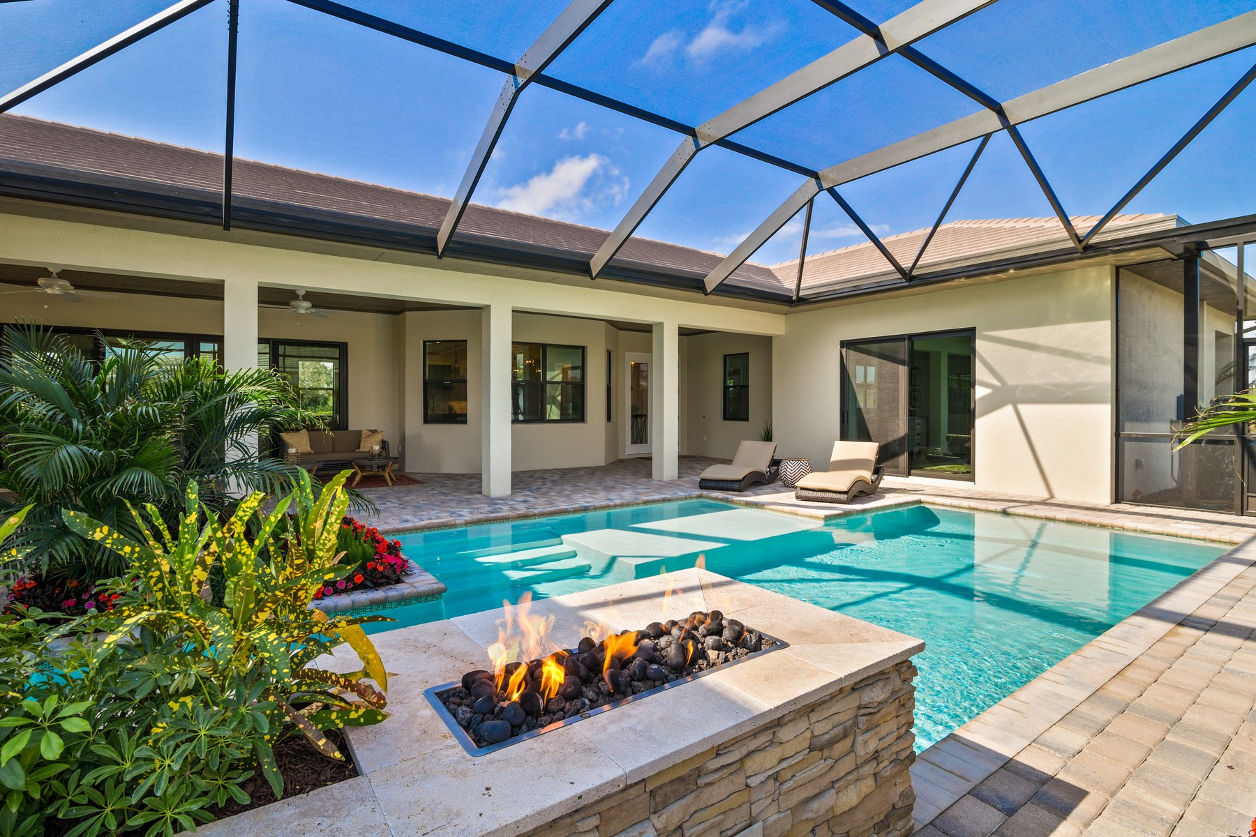 Single Family Home for Sale at Courtyard Home in the Reserve at Grand Harbor 2382 Grand Harbor Reserve Square Vero Beach, Florida 32967 United States