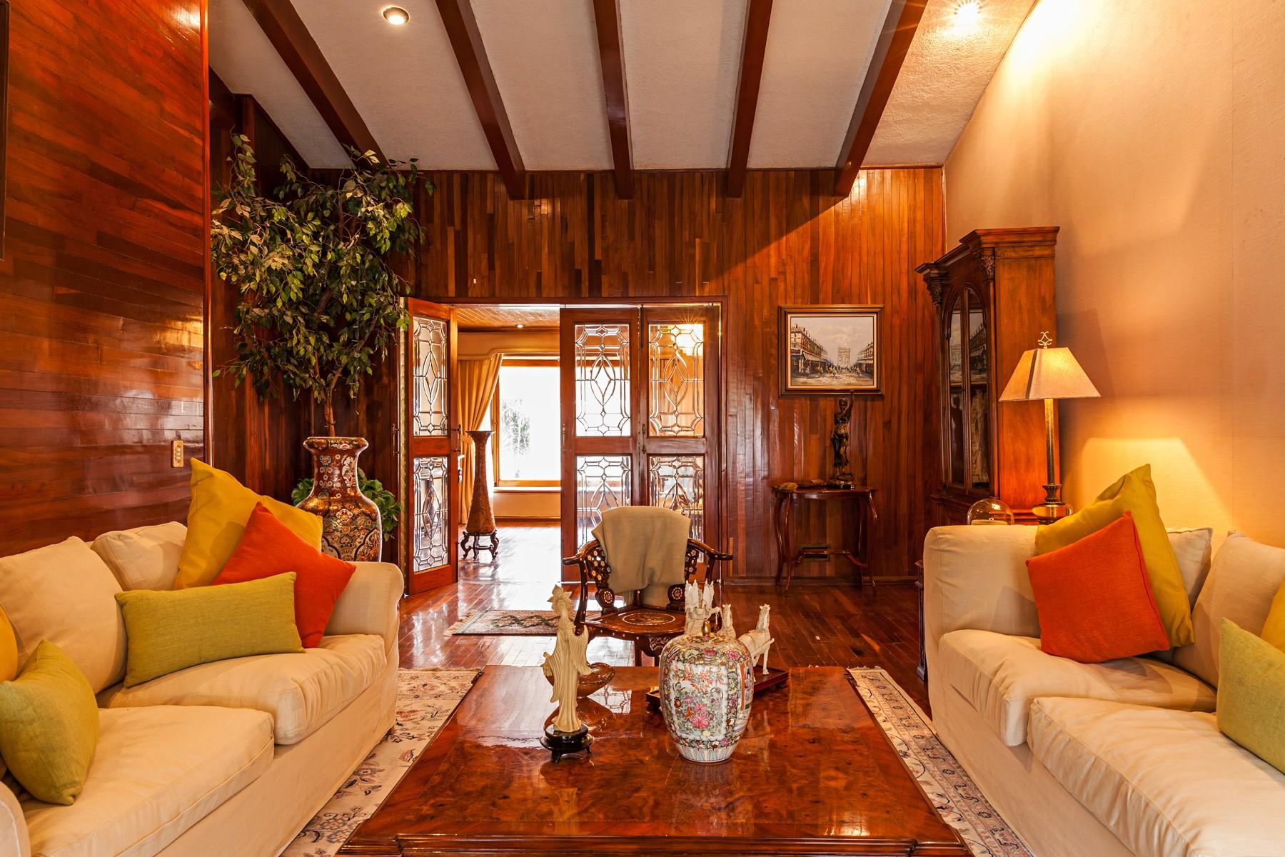 Additional photo for property listing at Residence Paseo Santa Anita, Club de Golf Santa Anita, Tlajomulco de Zuñiga Paseo Santa Anita 432 Club de Golf Santa Anita Other Jalisco, Jalisco 45640 Mexico