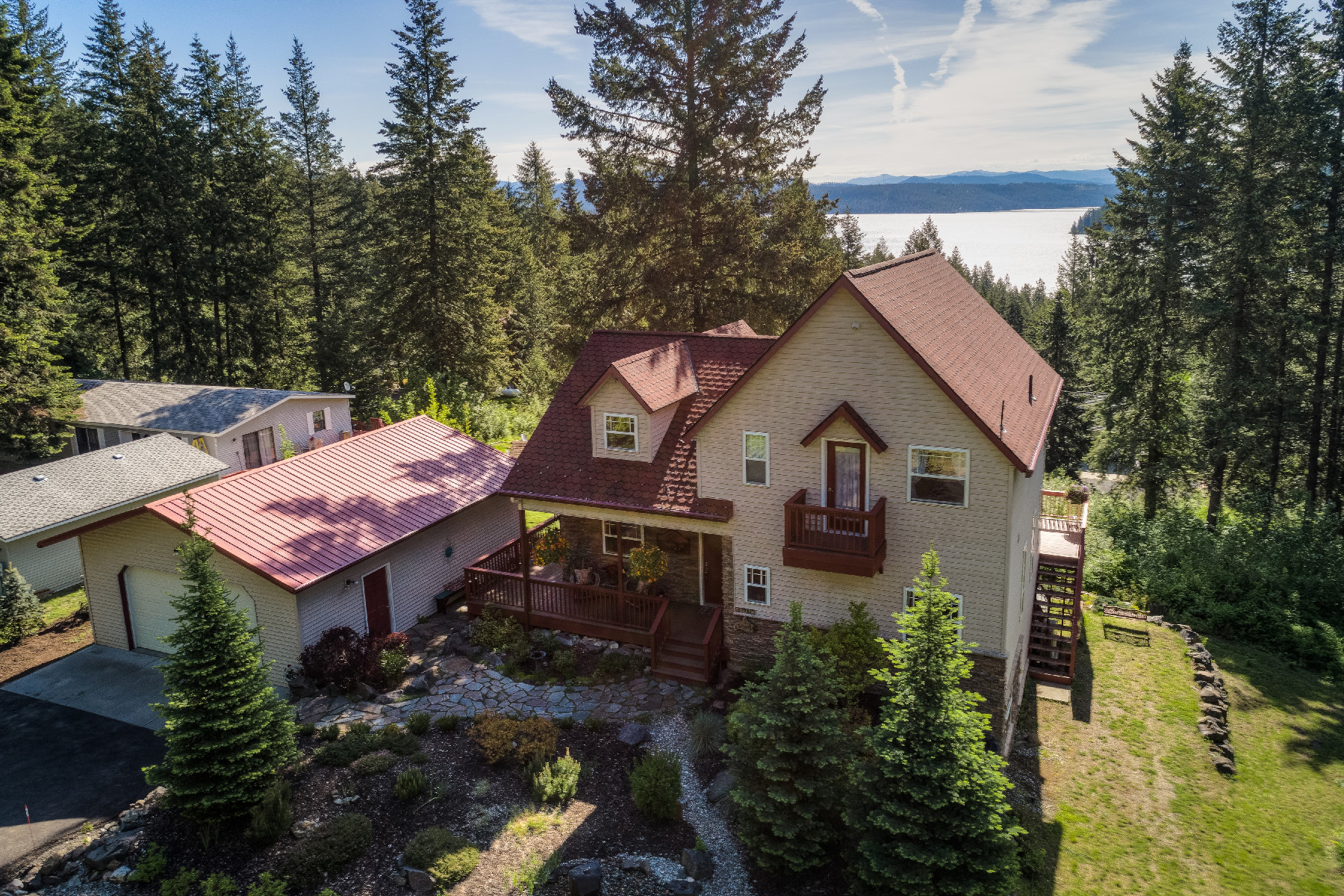 single family homes for Active at Sun Up Bay View Beauty 21751 S Lakeview Dr Worley, Idaho 83876 United States