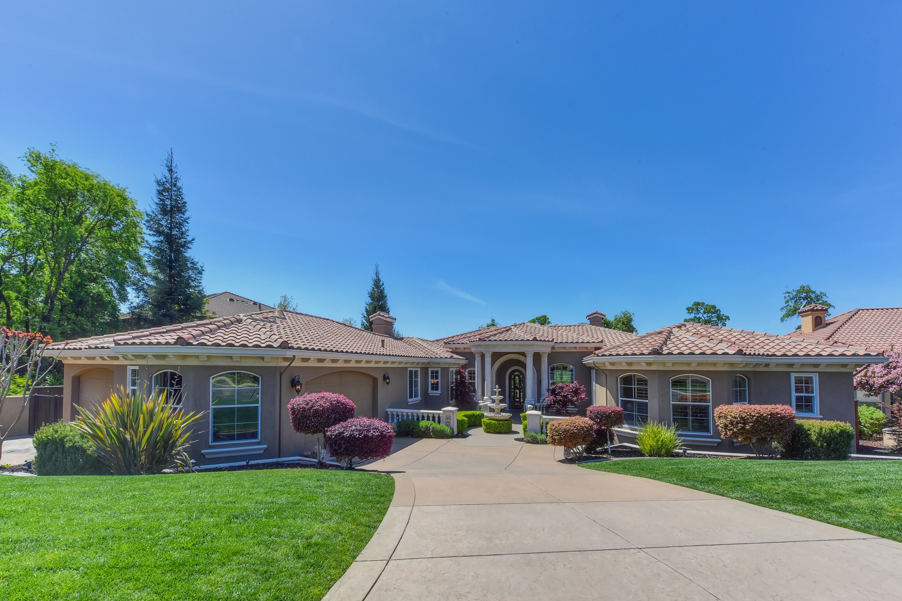 Single Family Home for Sale at 1040 Cambria Way, El Dorado Hills, CA 95762 El Dorado Hills, California 95762 United States