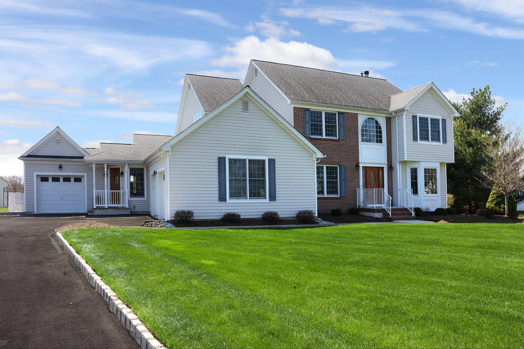 Частный односемейный дом для того Продажа на A Serene Outlook From Every Room - Readington Township 25 John Reading Road Flemington, 08822 Соединенные Штаты