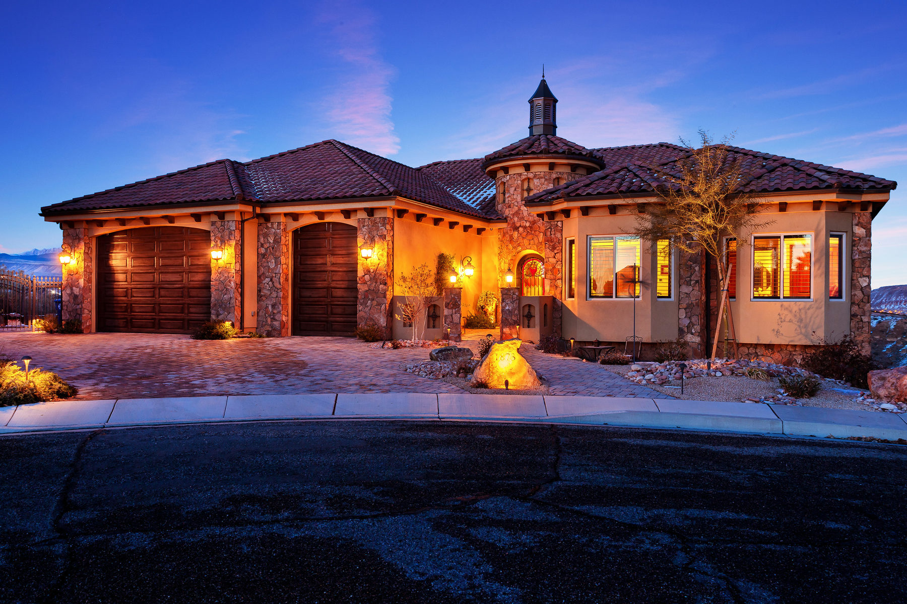 Single Family Home for Sale at Resort Living with Sweeping Views 1873 E 970 South Circle St. George, Utah, 84790 United States
