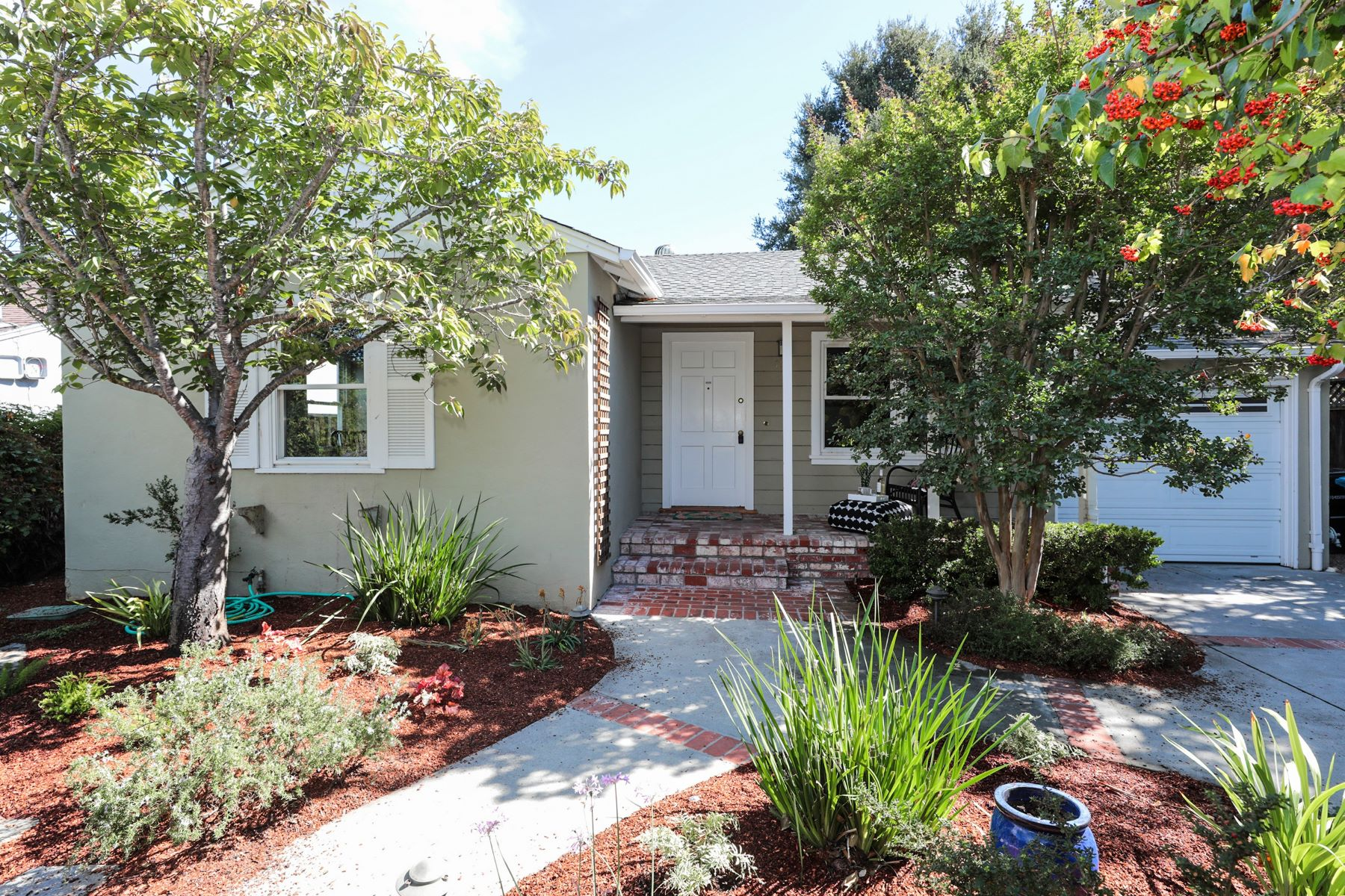 Single Family Home for Active at 754 15th Avenue 754 15th Avenue Menlo Park, California 94025 United States