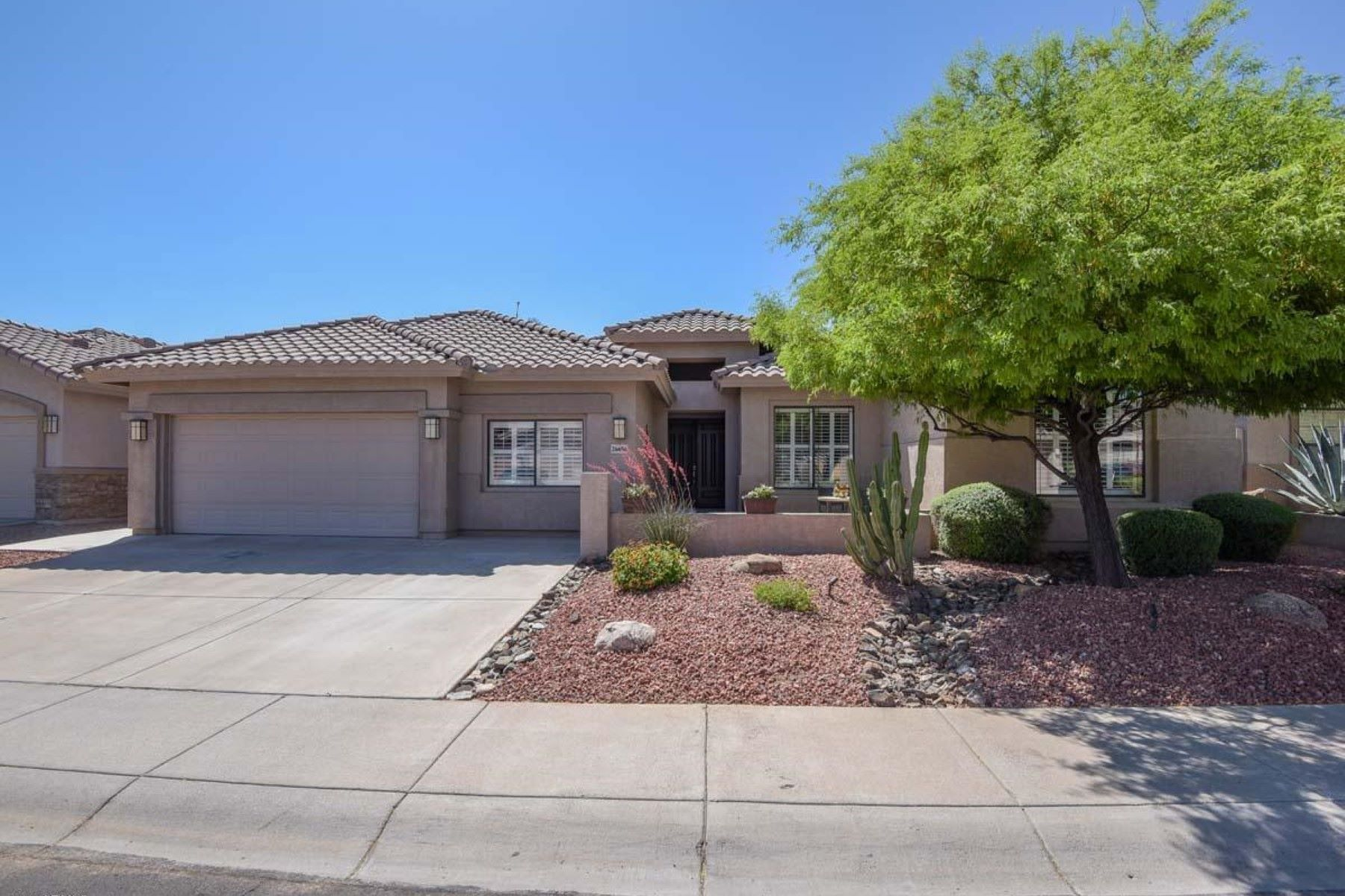 Single Family Home for Sale at Remodeled Tatum Highlands beauty 26656 N 45th Pl Cave Creek, Arizona, 85331 United States