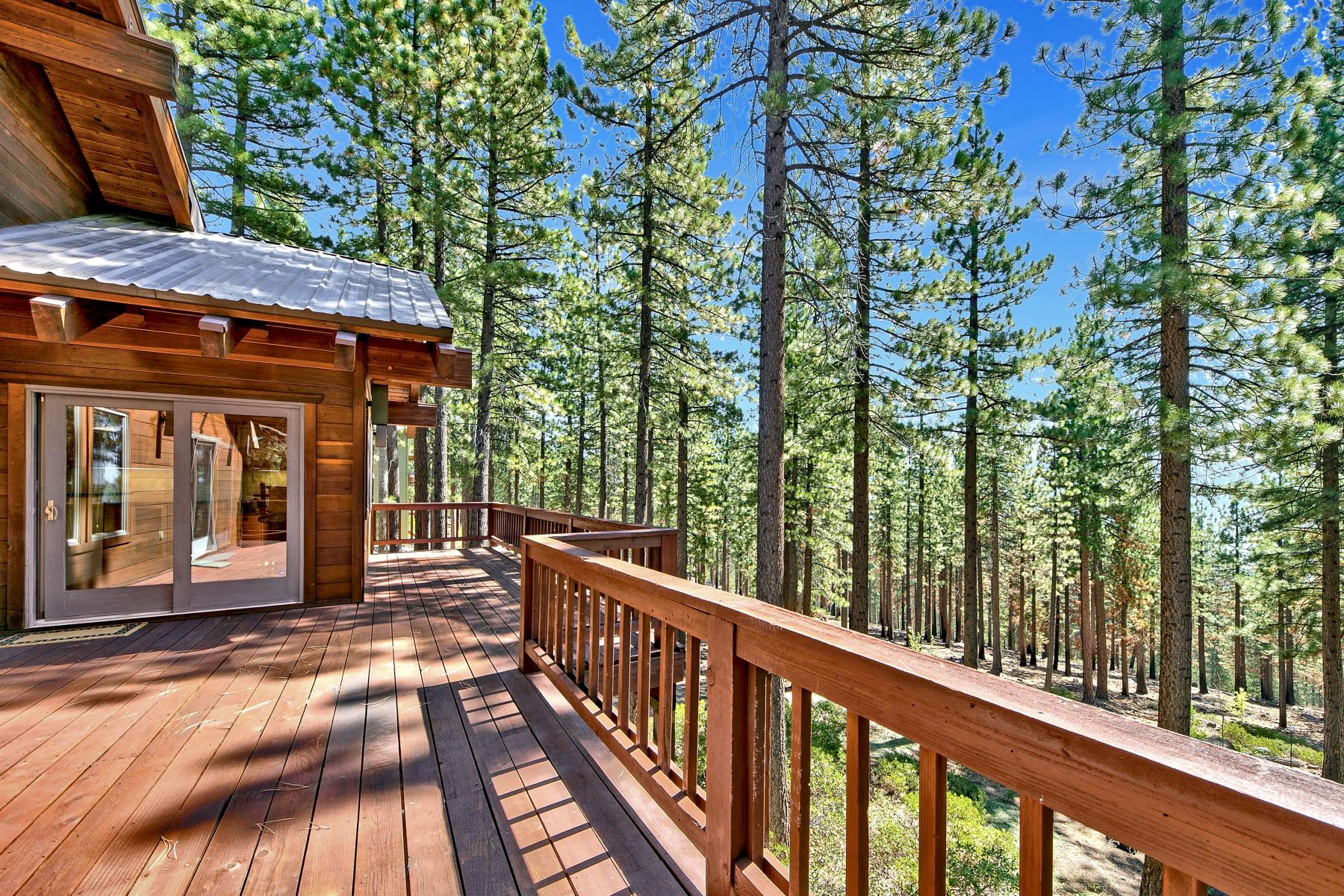 Additional photo for property listing at Tahoe Lifestyle Awaits You 800 Tyner Way Incline Village, Nevada 89451 United States