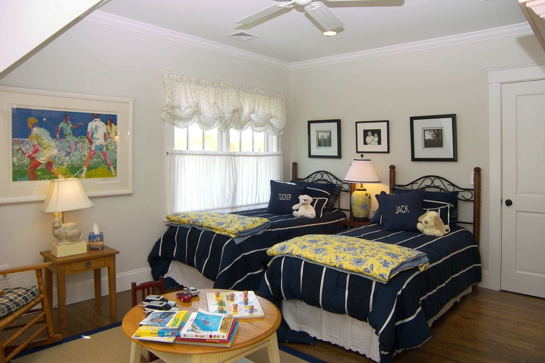 Additional photo for property listing at Ocean Drive Area 17 Beacon Hill Road Newport, Rhode Island 02840 United States