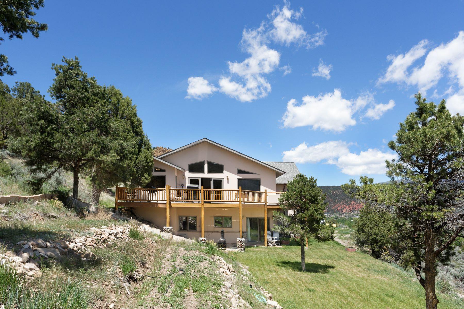 Casa Unifamiliar por un Venta en Beautiful Custom Home 1853 County Road 109 Glenwood Springs, Colorado 81601 Estados Unidos