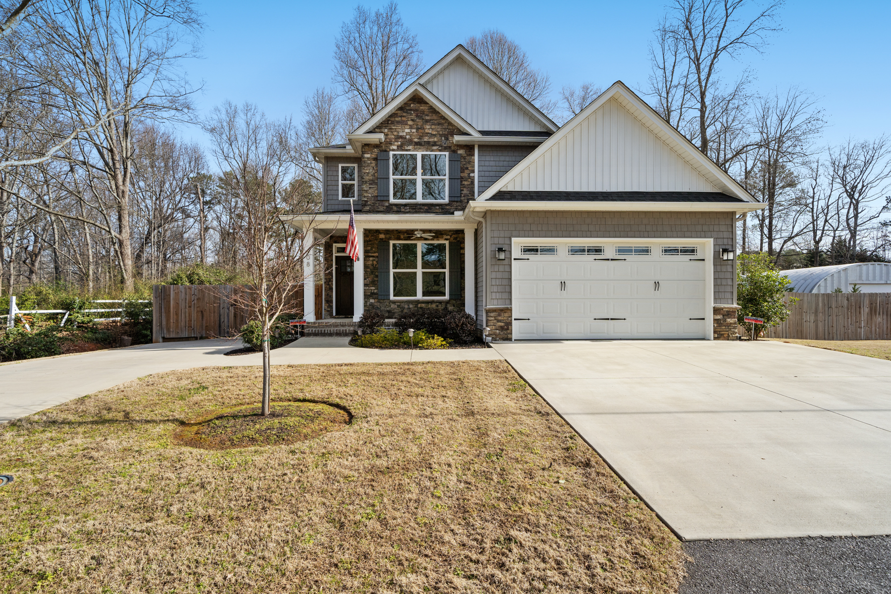Single Family Homes for Active at 408 Carol Drive Piedmont, South Carolina 29673 United States