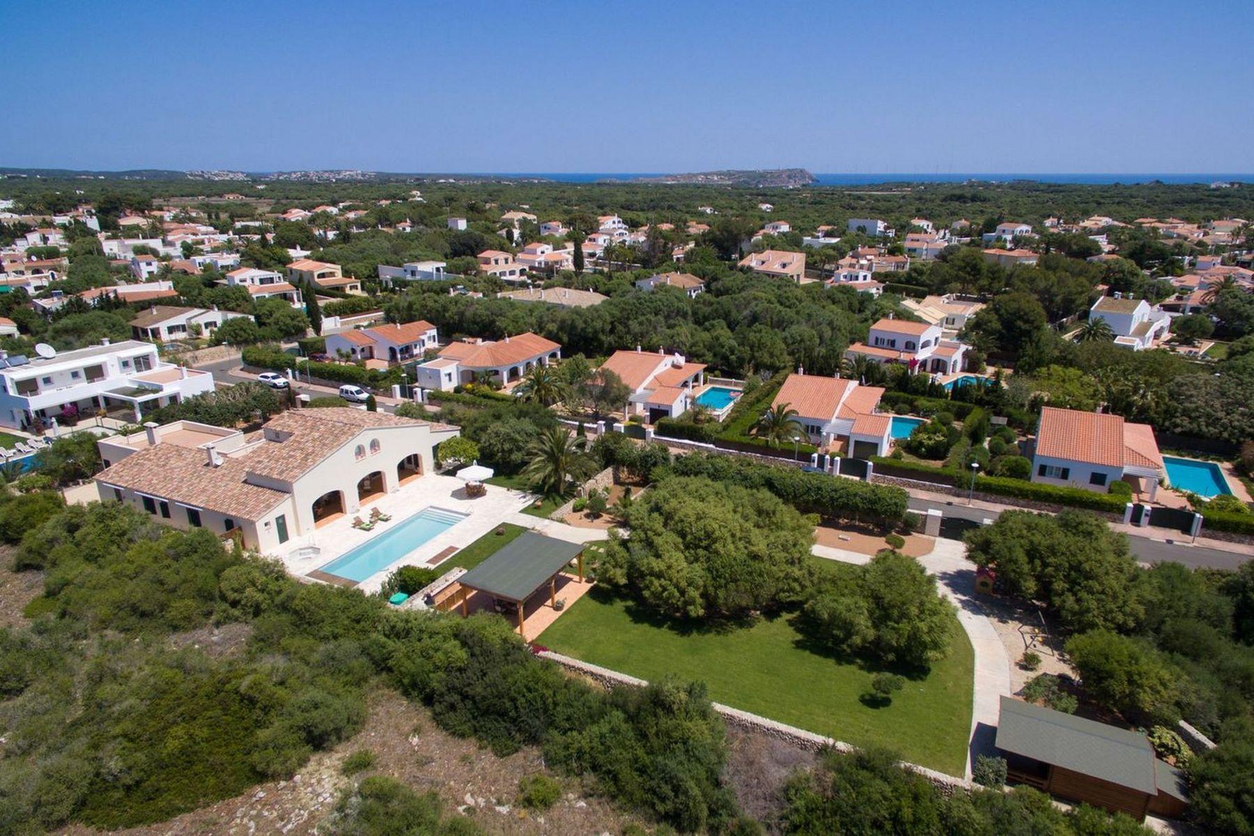 獨棟家庭住宅 為 出售 在 Exquisite Menorcan style villa in Trebaluger Menorca, 梅諾卡島, 西班牙