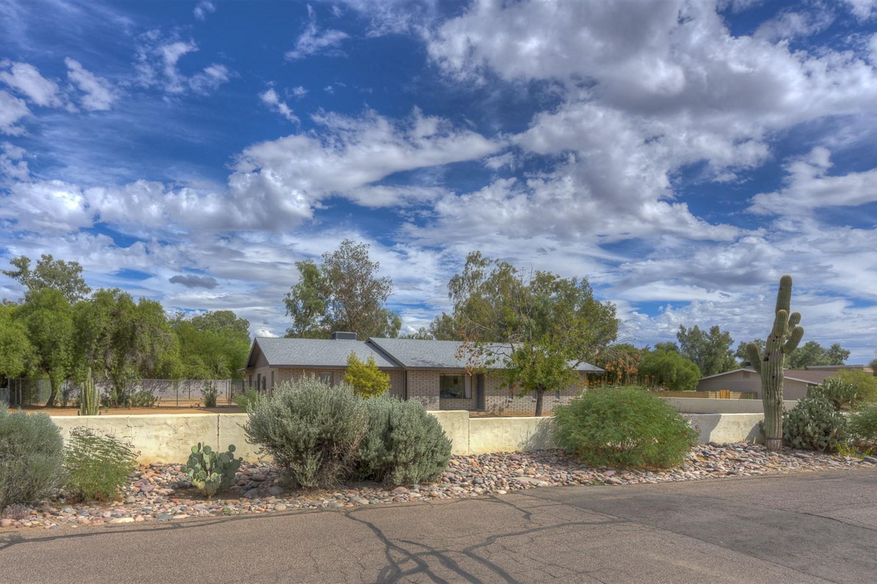 獨棟家庭住宅 為 出售 在 Immaculate home in Paradise Valley Ranchos 13613 N 76th St, Scottsdale, 亞利桑那州, 85260 美國