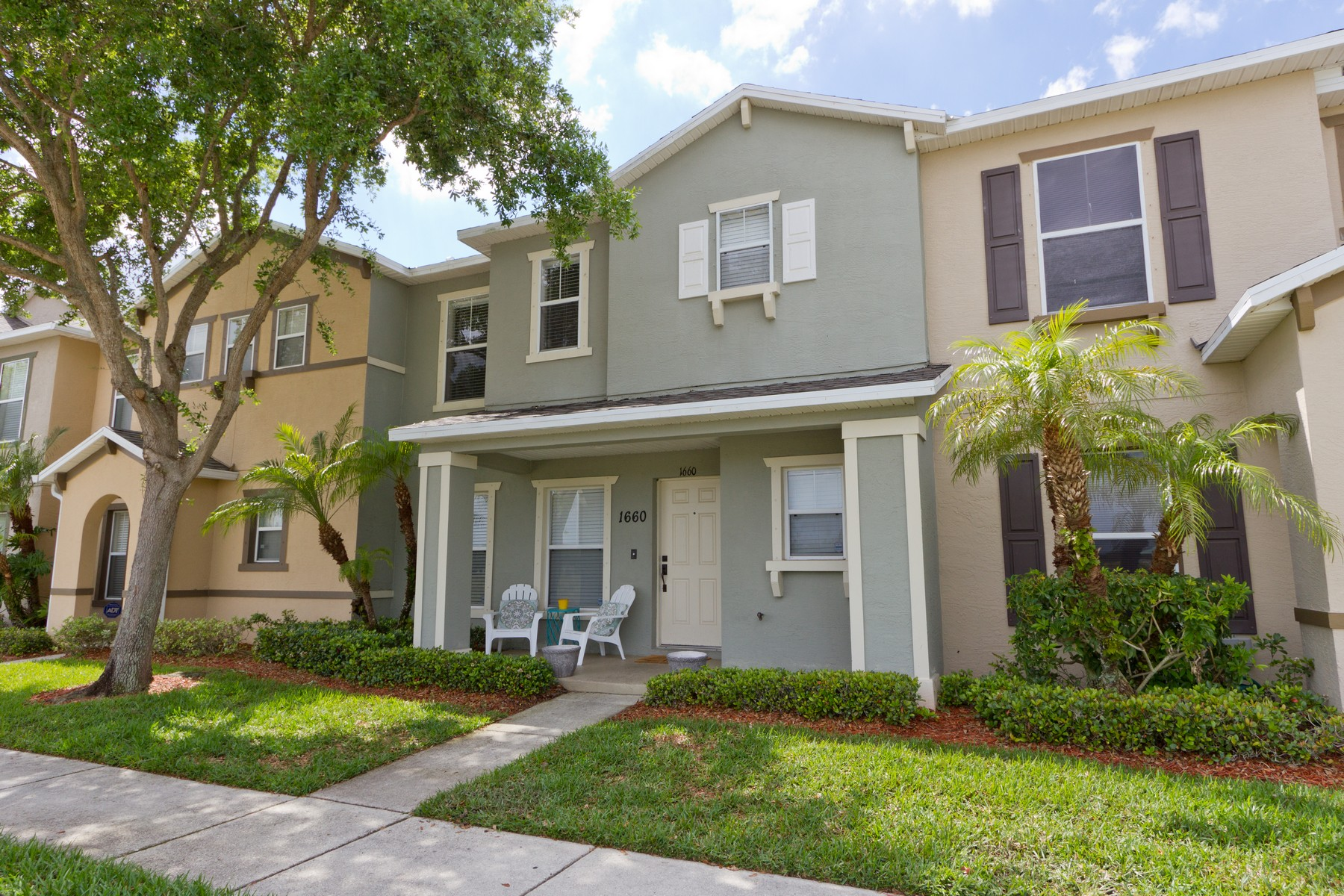 Single Family Home for Sale at Well Cared For and Updated Two Story Condo With Welcoming Covered Front Porch! 1660 Pointe West Way Vero Beach, Florida 32966 United States