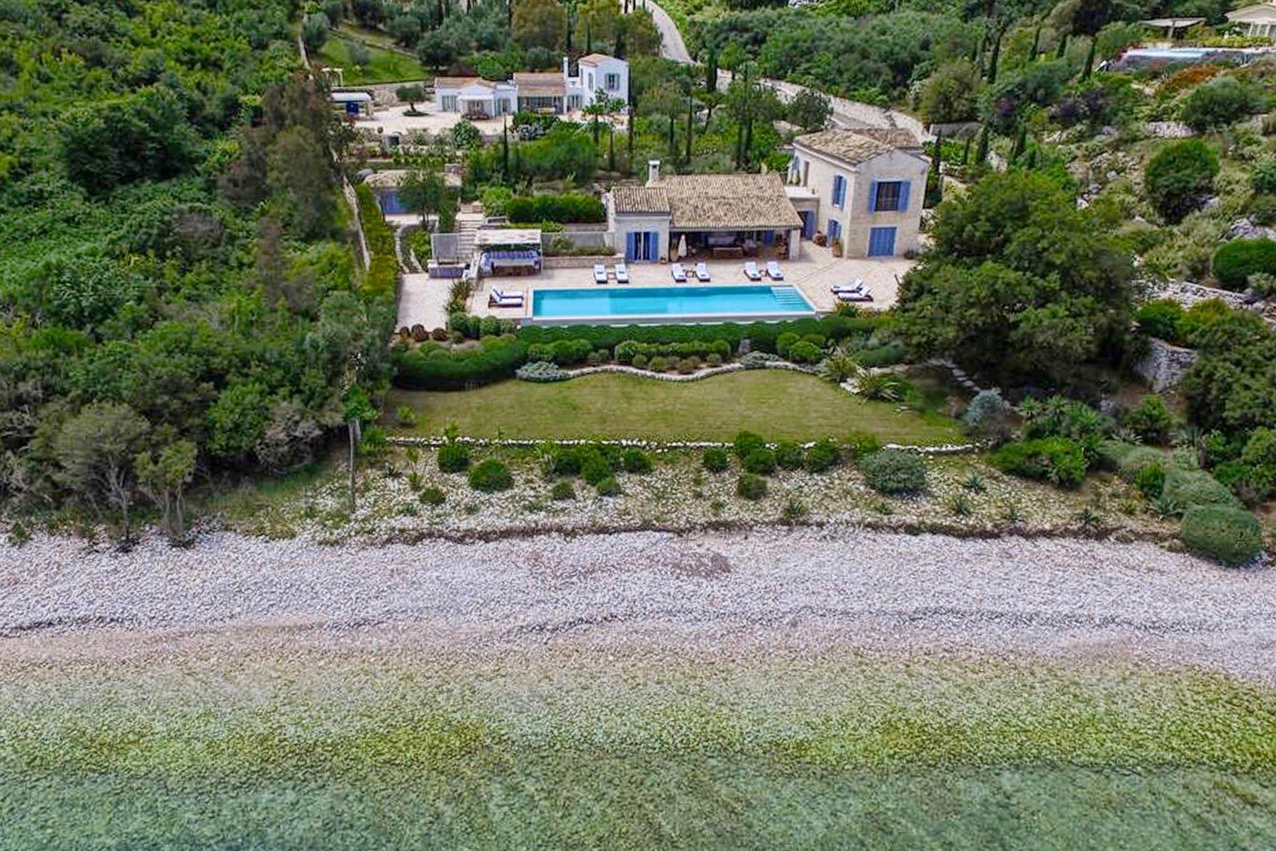 Maison unifamiliale pour l Vente à Emerald Bay Avlaki Emerald Bay Corfu, Îles Ioniennes, 49100 Grèce
