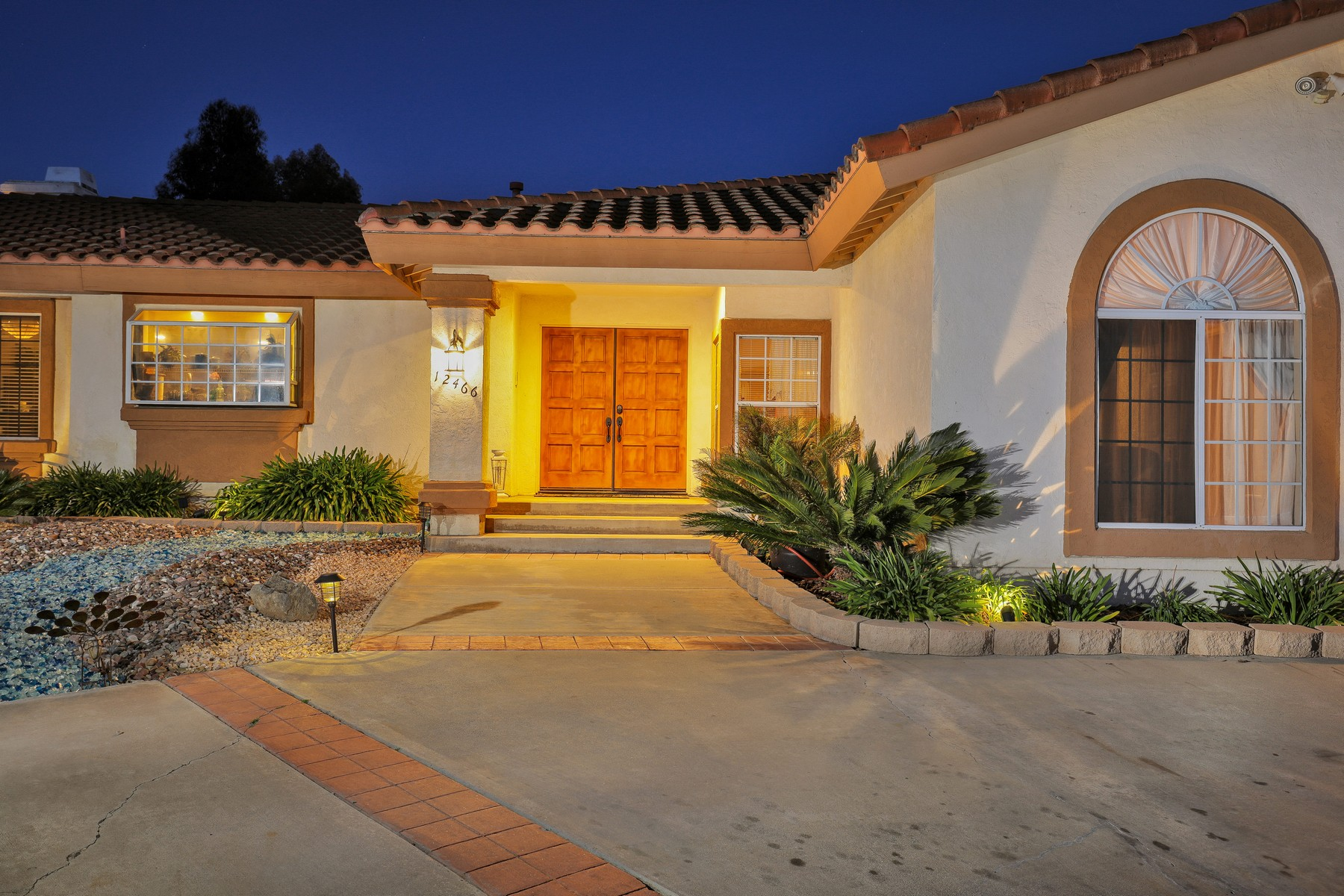 Single Family Home for Sale at 12466 Vaughn Rd. Poway, CA 92064 Poway, California, 92064 United States