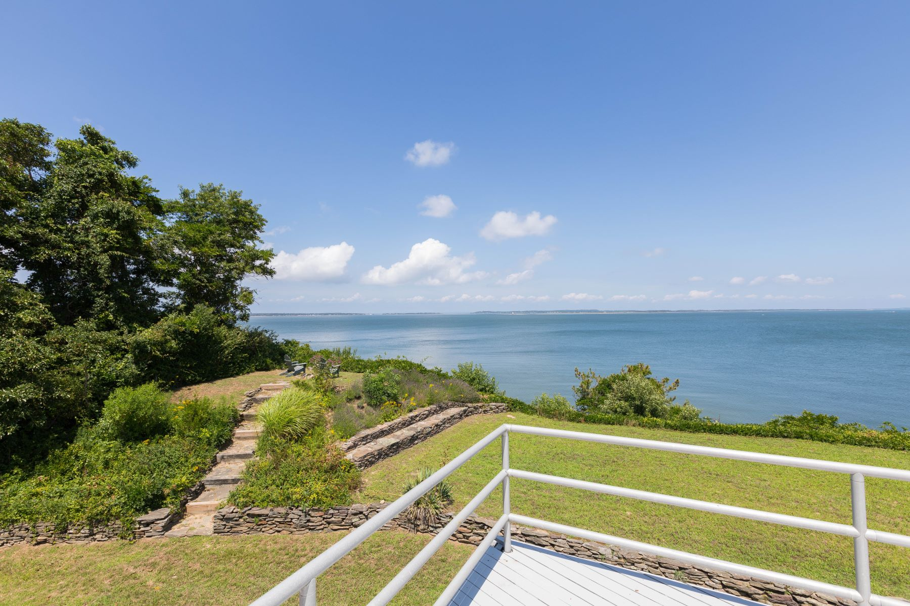 Single Family Home for Active at 85 Ram Island Dr , Shelter Island, NY 11964 85 Ram Island Dr Shelter Island, New York 11964 United States