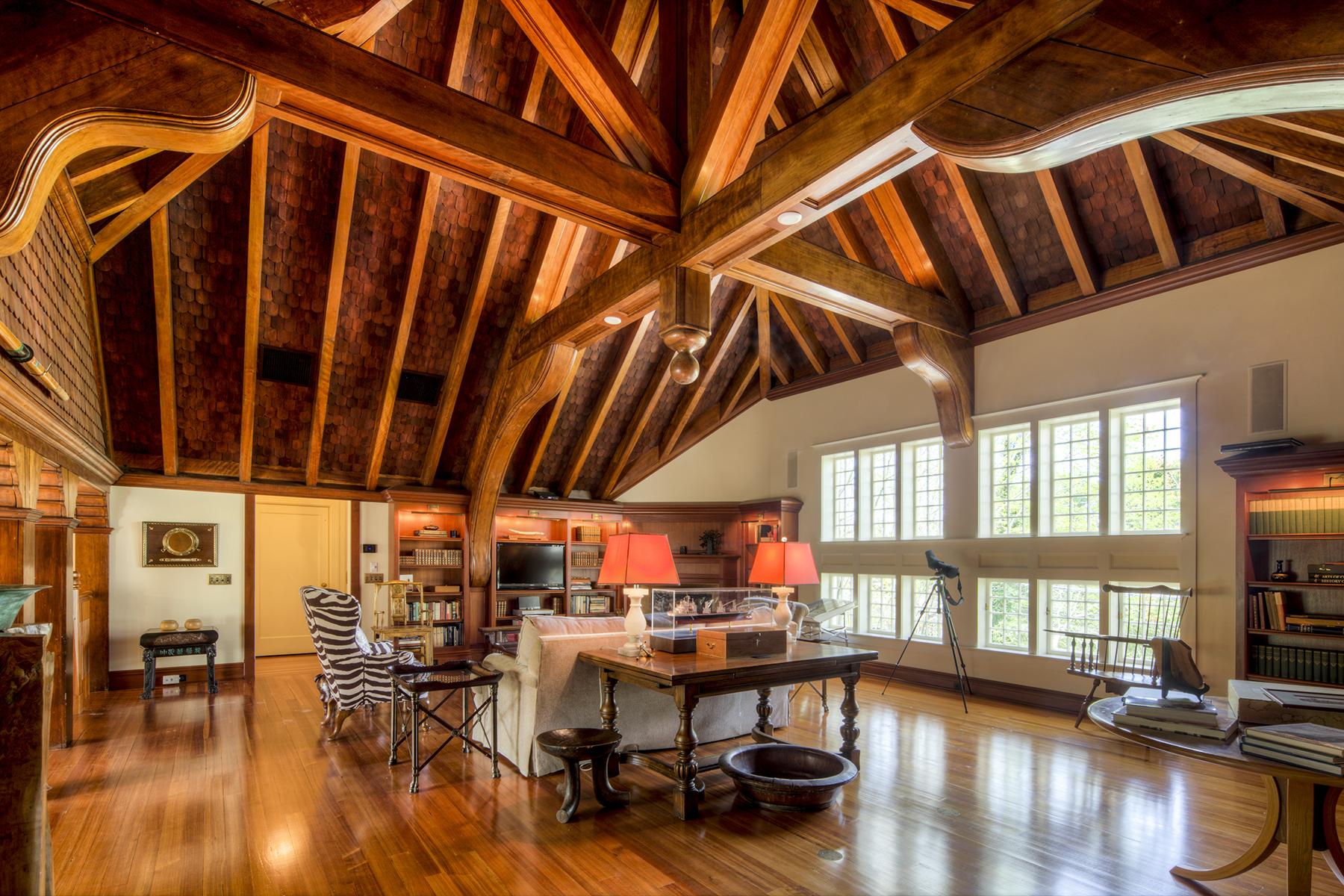 Appartement voor Verkoop op Chetwode Carriage House 78 Coggeshall Avenue Unit #2, Newport, Rhode Island 02840 Verenigde Staten