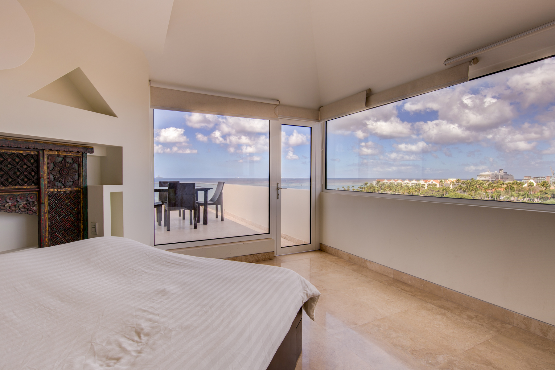 Additional photo for property listing at The Coral Pyramid Penthouse in Aruba Oranjestad, Aruba Aruba