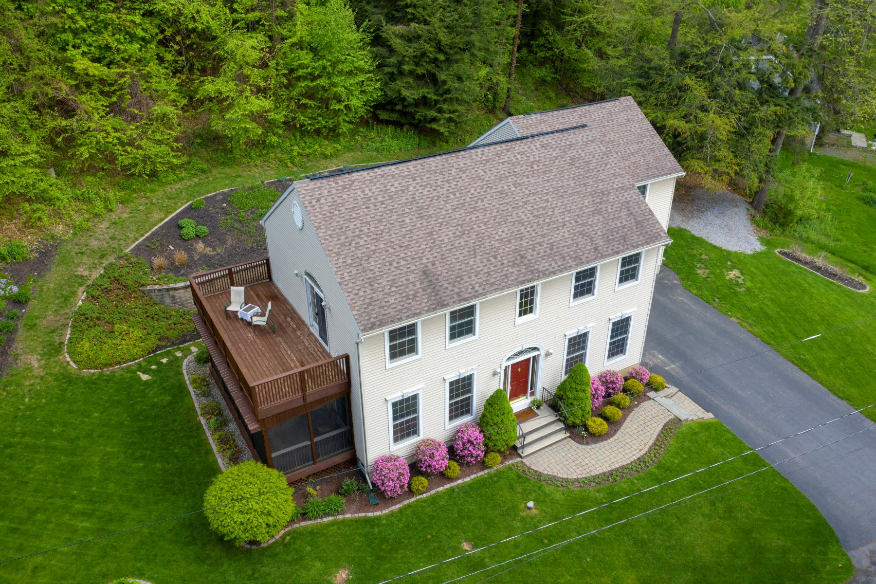 Single Family Homes for Sale at Saratoga Lake Living with A Guest Apt 4 East Cove Road Saratoga Springs, New York 12866 United States