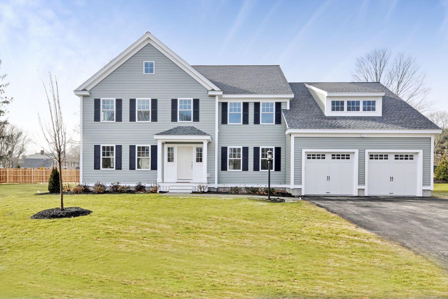 Nhà ở một gia đình vì Bán tại 11 Winslow Street, Concord Concord, Massachusetts, 01742 Hoa Kỳ