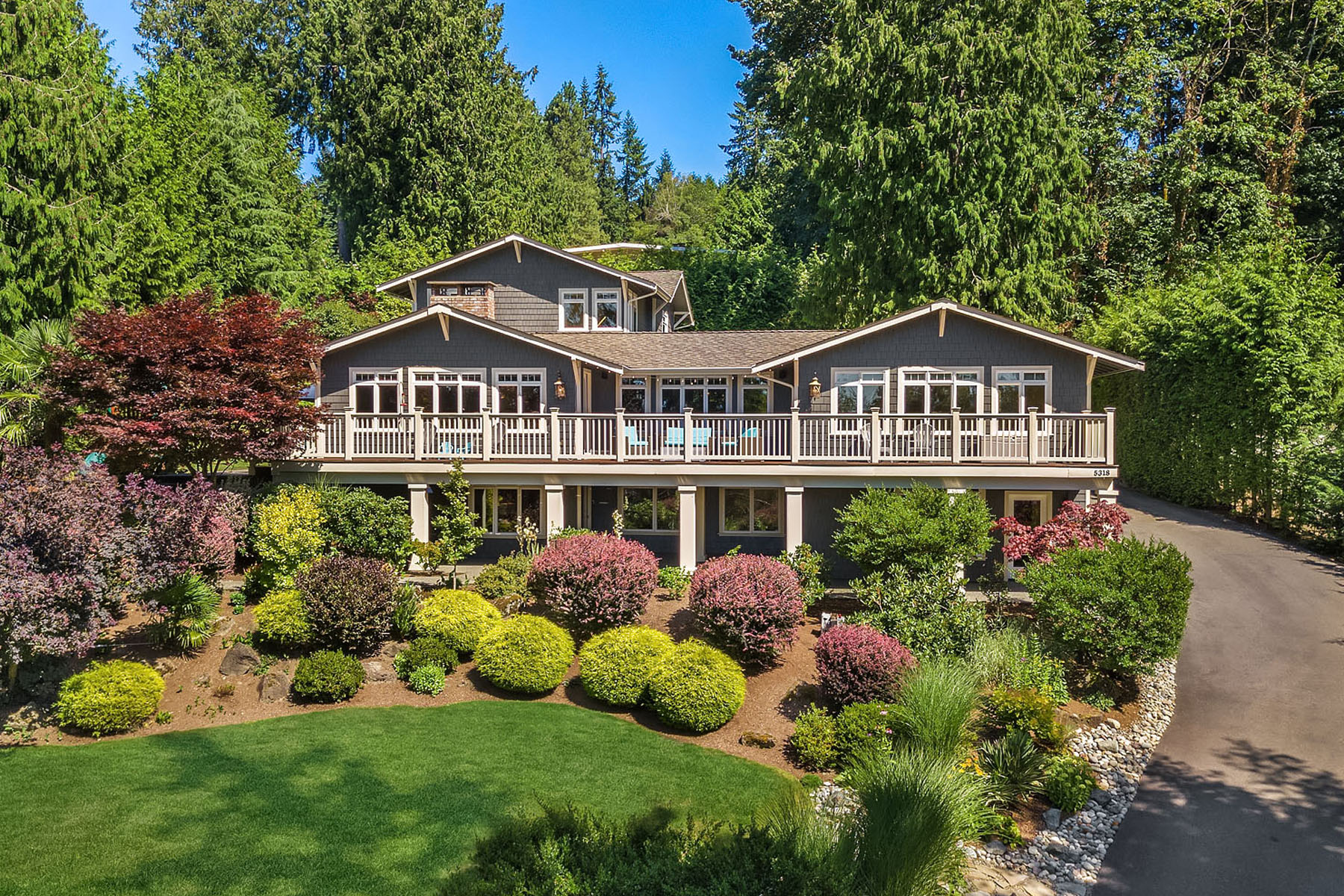 Single Family Homes for Sale at Stunning Issaquah Home 5318 229th Ave SE Issaquah, Washington 98029 United States