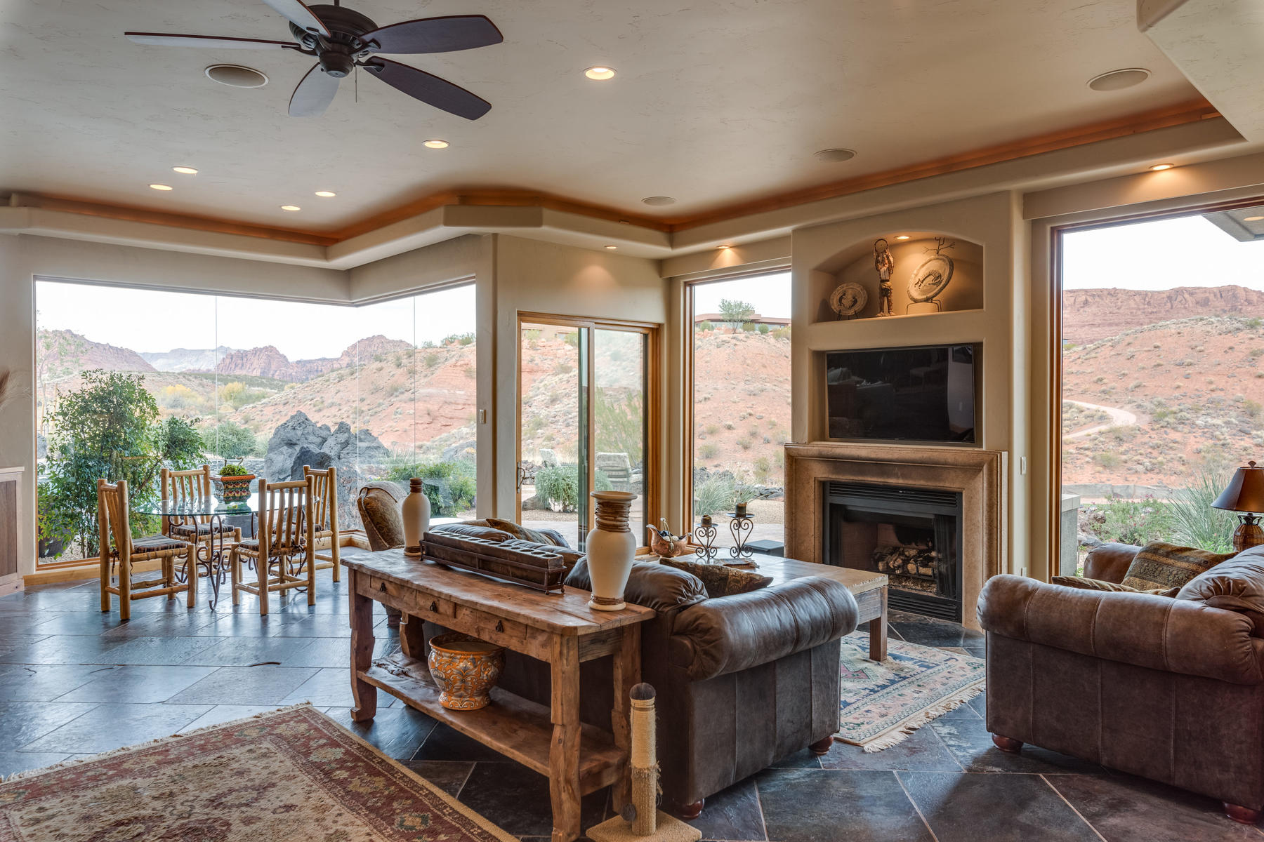 Additional photo for property listing at Superb one-level living at it's finest! 2548 N Chaco Trail #39 St. George, Utah 84770 United States