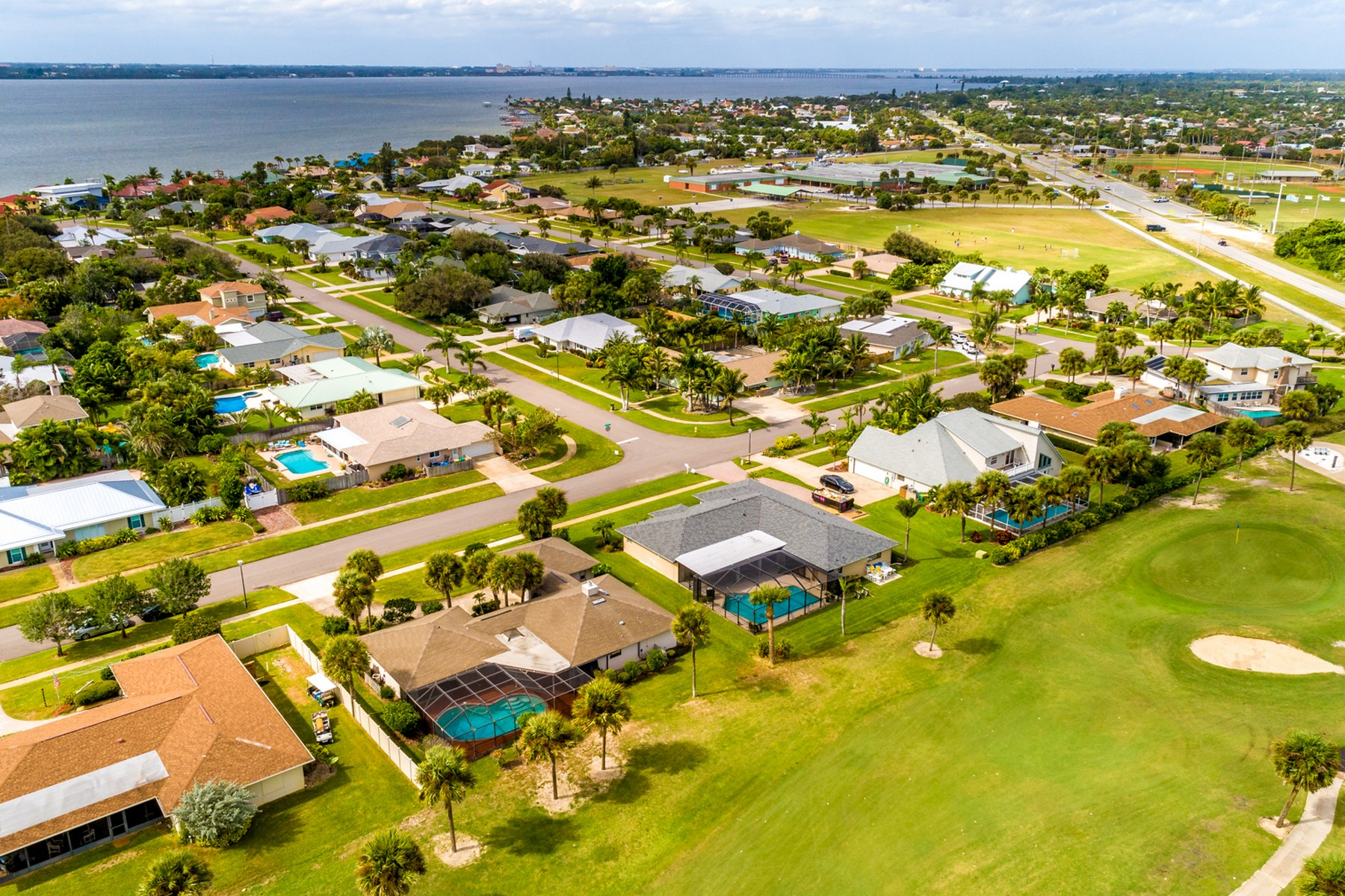 Additional photo for property listing at Super Beach Location with Golf Course Views 2275 Sea Horse Drive Melbourne Beach, Florida 32951 United States