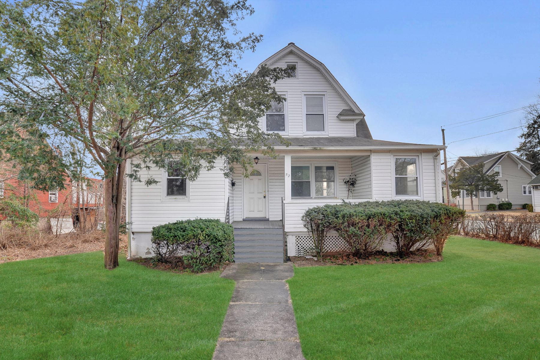 Single Family Home for Sale at Spacious Colonial 52 W Passaic St, Maywood, New Jersey 07607 United States