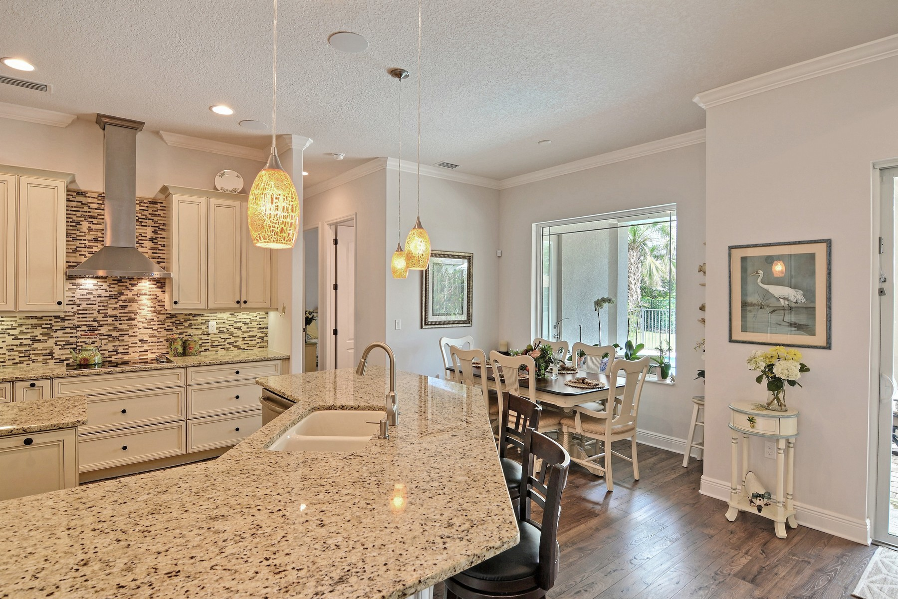 Additional photo for property listing at Stunning Village Shores Home 919 Holoma Drive Indian River Shores, Florida 32963 United States