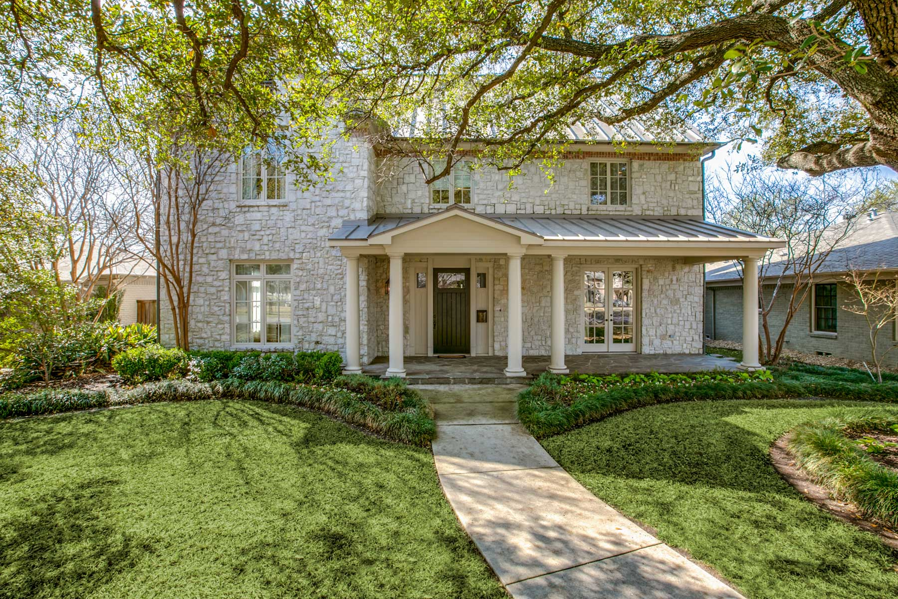 Single Family Home for Sale at Spacious, Tailored Home 7518 Colgate Avenue, Dallas, Texas, 75225 United States