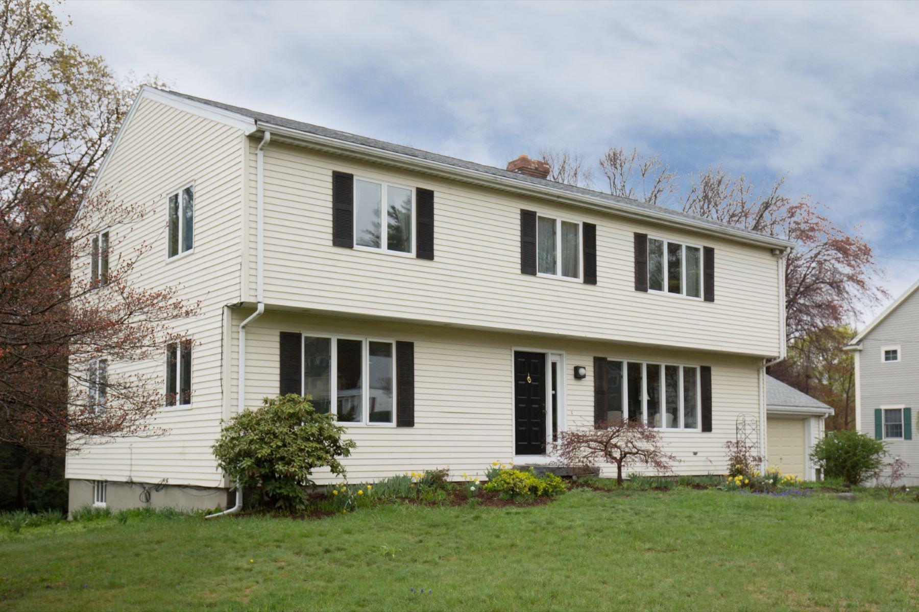 Частный односемейный дом для того Продажа на 44 Williams Road Lexington, Массачусетс, 02420 Соединенные Штаты
