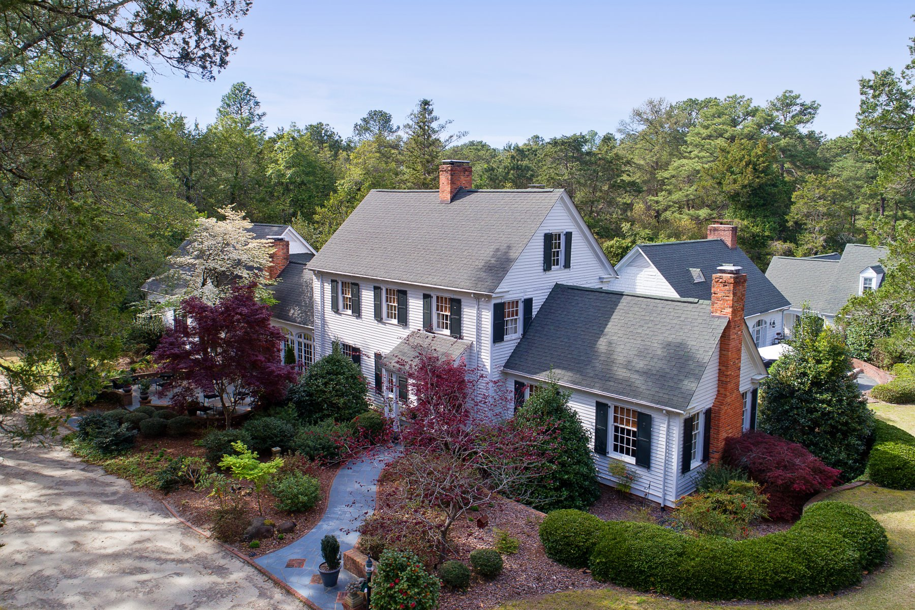 Granjas / Hacienda / Platanción por un Venta en Private Estate of the Forest Creek Golf Club founder 4072 Airport Road Pinehurst, Carolina Del Norte 28374 Estados UnidosEn/Alrededor: Durham, Raleigh, Chapel Hill, Cary