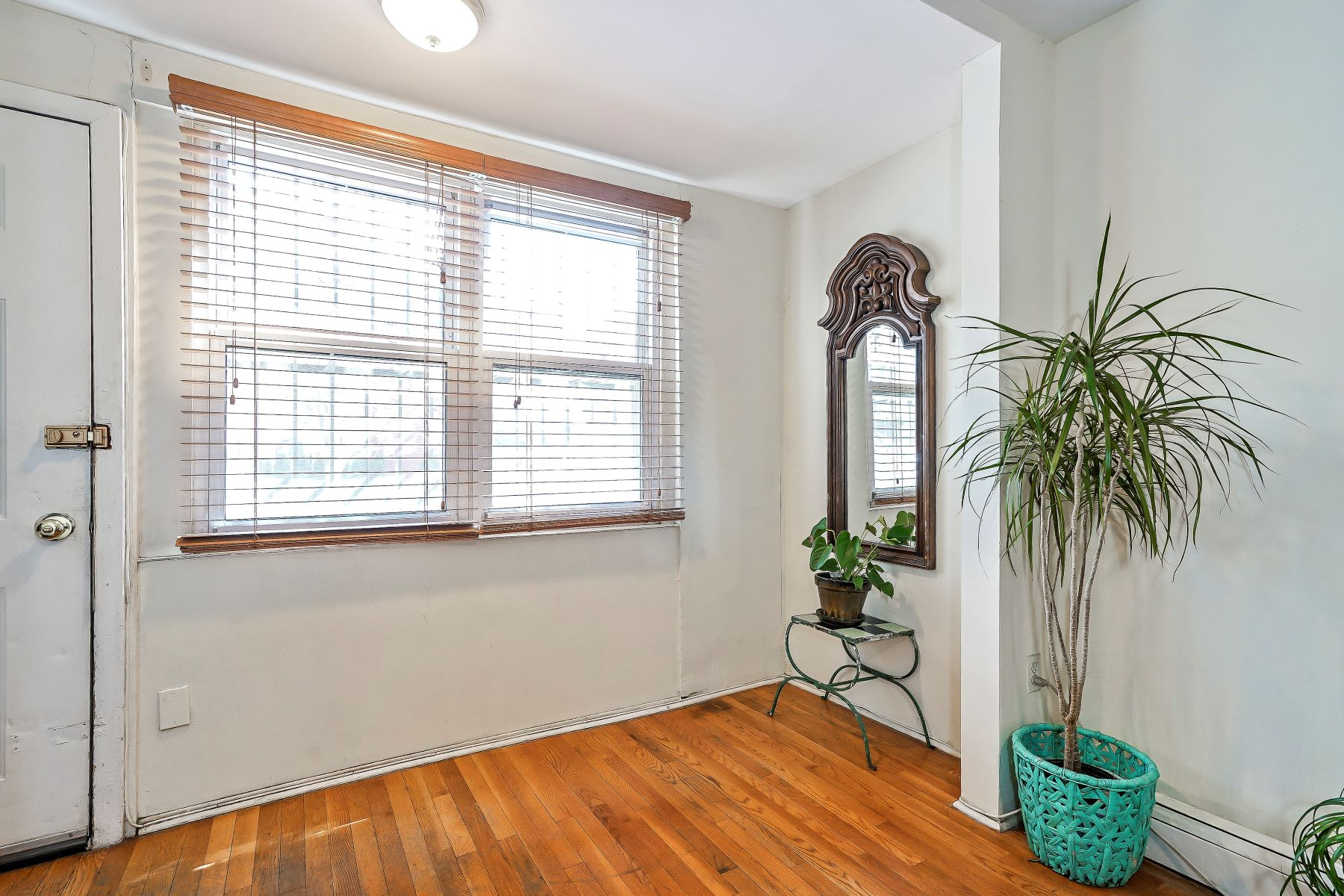 Additional photo for property listing at 114 Underhill Avenue  Brooklyn, New York 11238 United States
