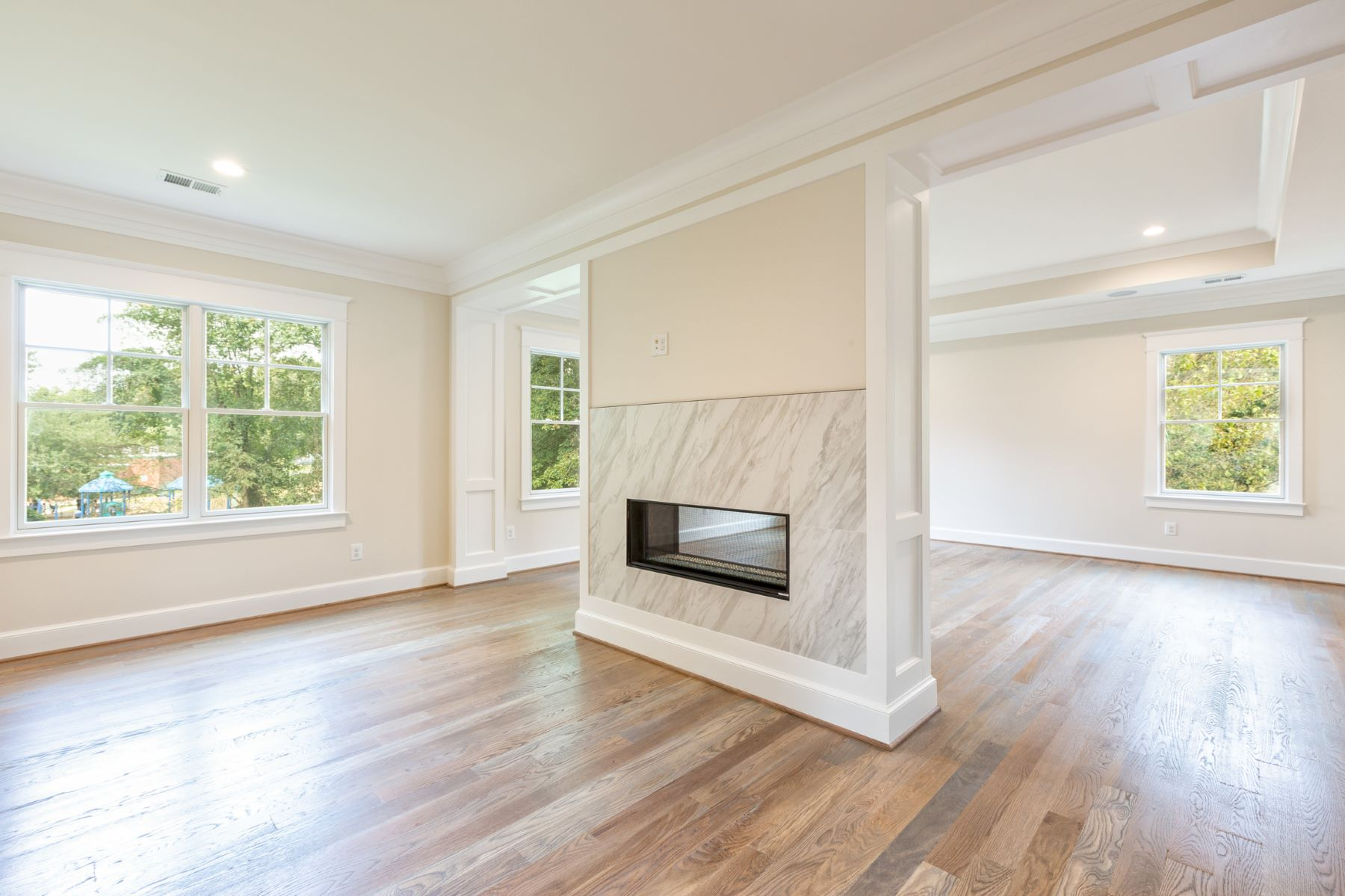 Additional photo for property listing at 9222 Dellwood Dr 9222 Dellwood Dr Vienna, Virginia 22180 United States