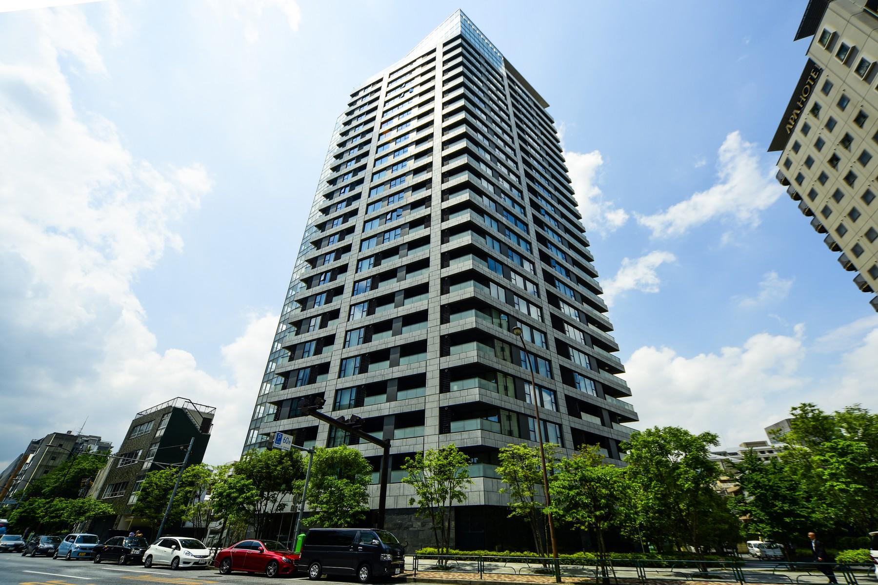 Apartment for Sale at The Park House Nishi-Azabu Residence Minato-Ku, Tokyo, 1060031 Japan