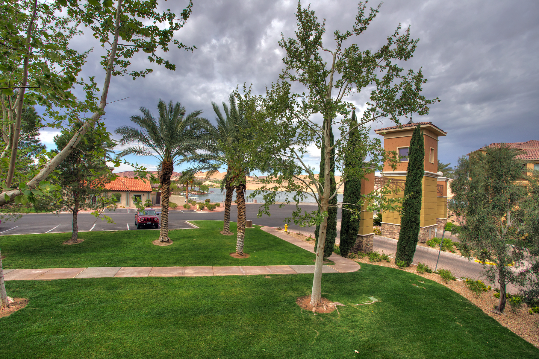 Piso por un Venta en 15 Via Mantova 206, Henderson, NV 89011 Lake Las Vegas, Henderson, Nevada, 89011 Estados Unidos