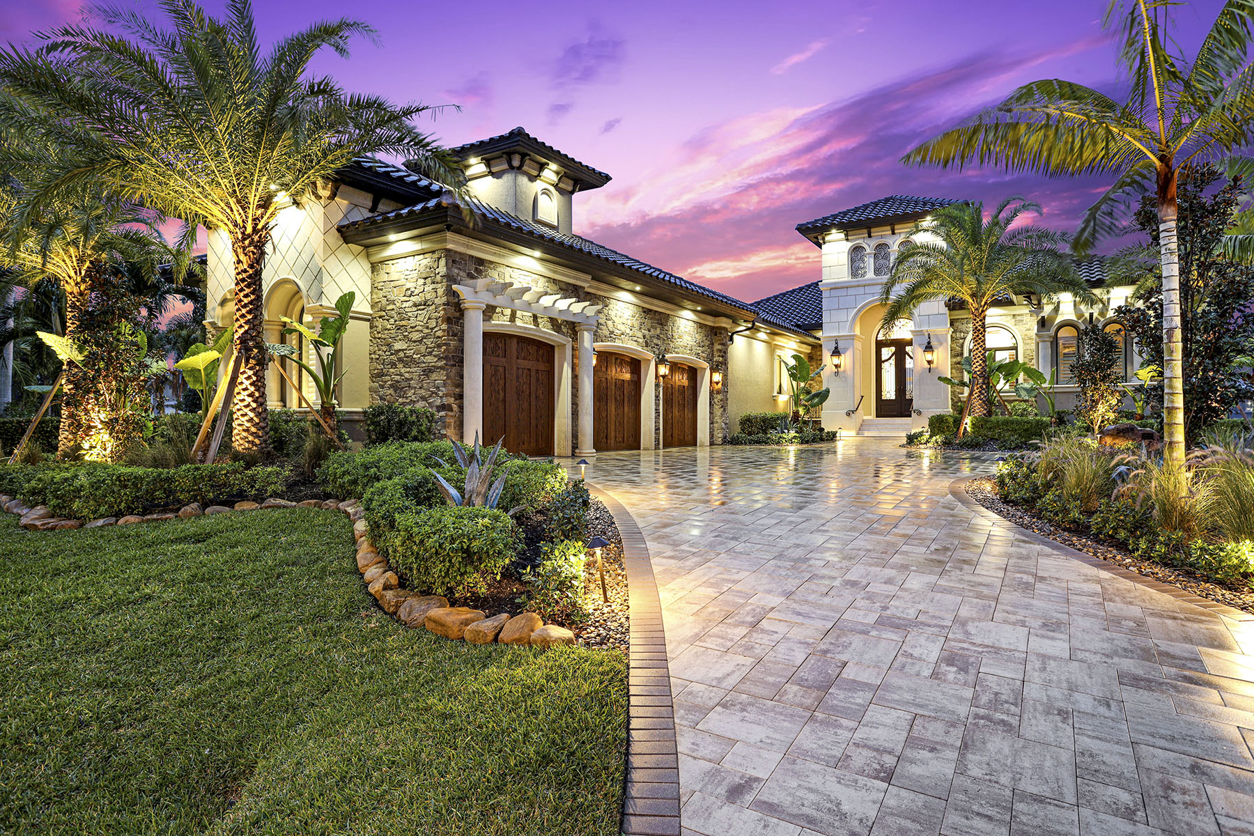 Single Family Homes for Sale at 5618 Riverside Drive, Cape Coral, Florida 33904 United States