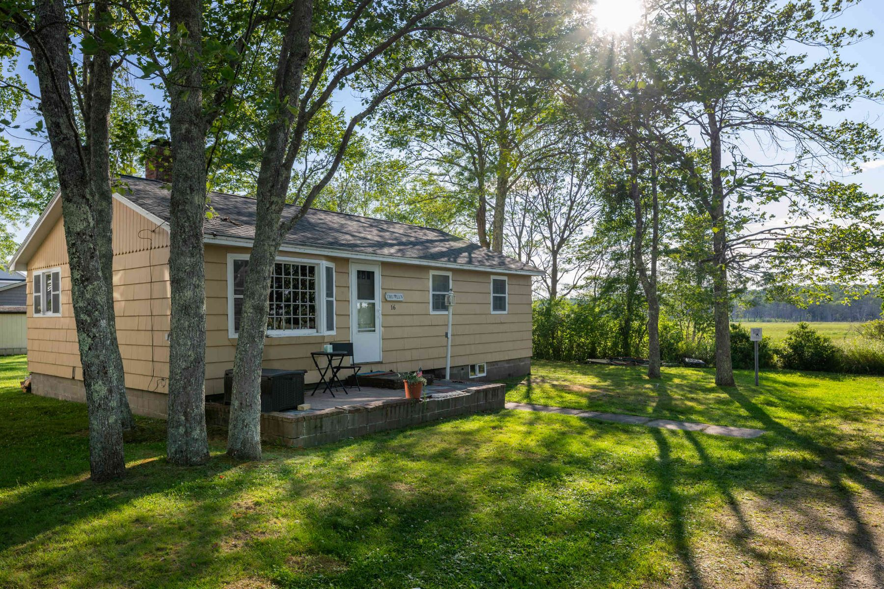 Single Family Homes for Active at Charming Beach Cottage on the Edge of Rachel Carson Reserve 16 Tern Lane Wells, Maine 04090 United States