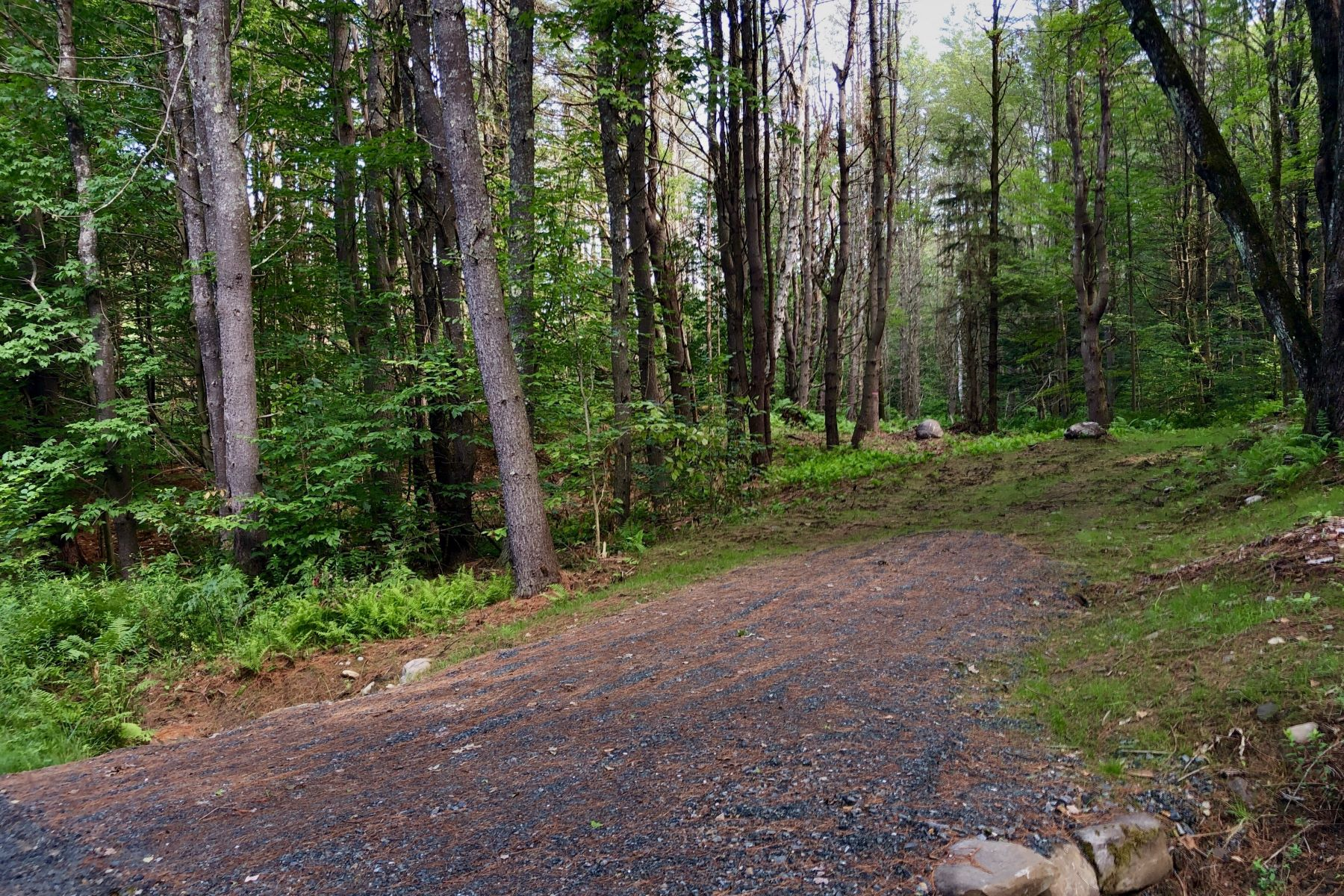 Land for Sale at Land available to build in Norwich 51 Meetinghouse Rd Norwich, Vermont 05055 United States
